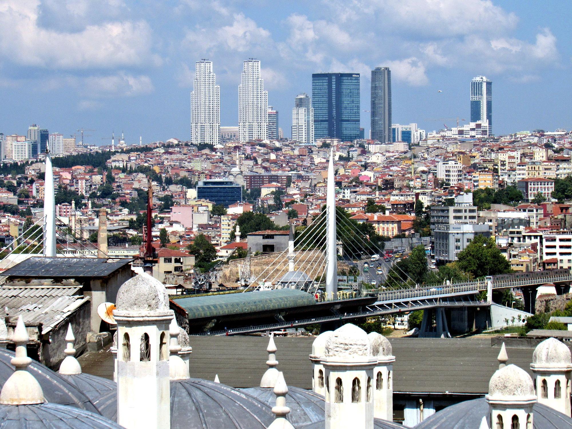 Istanbul Golden Horn  by Faruk Koçak