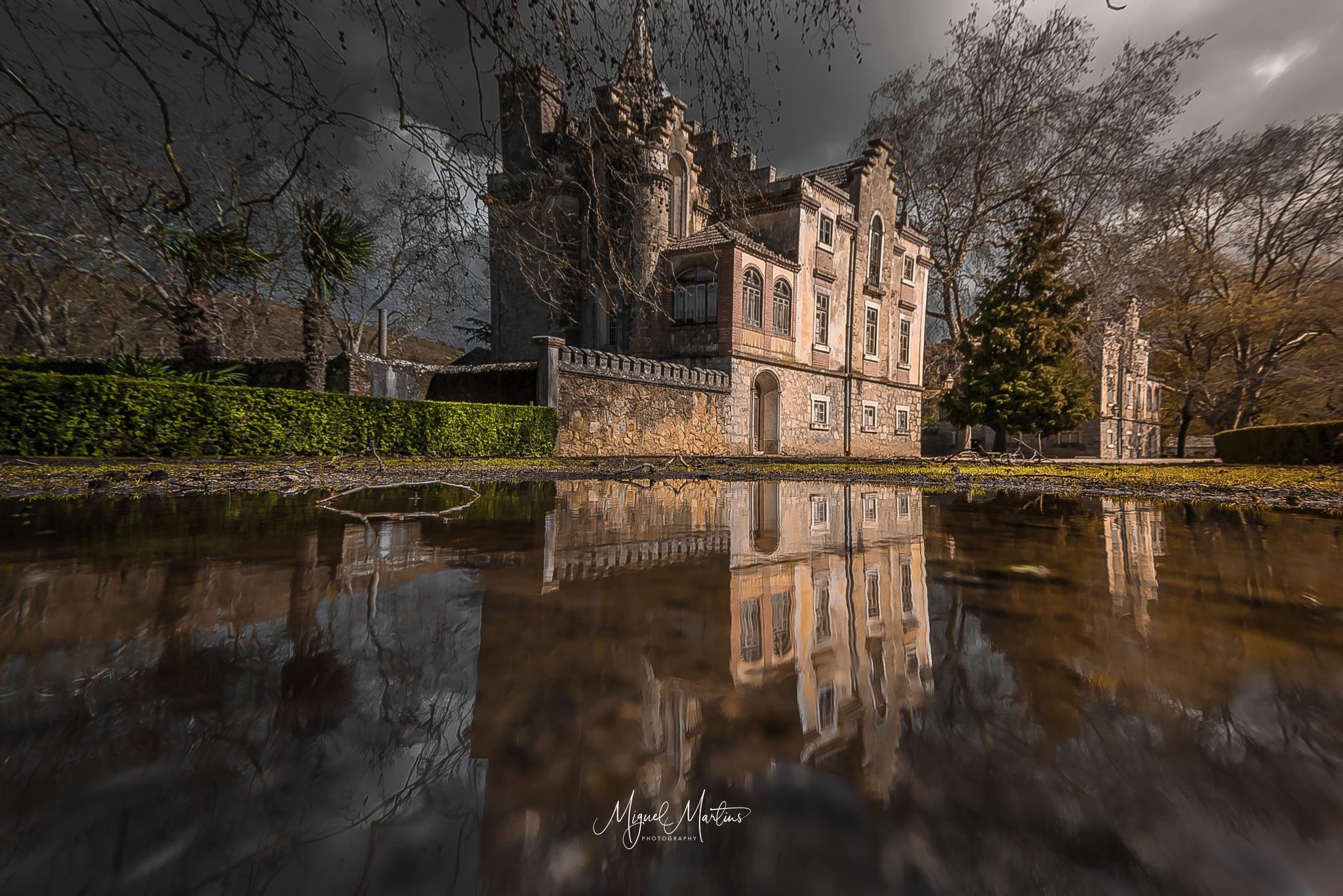 The Mansion by MiguelMartins