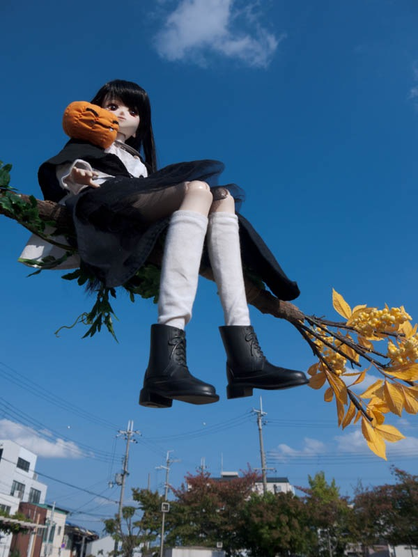 Witch flying by kaori_atusi