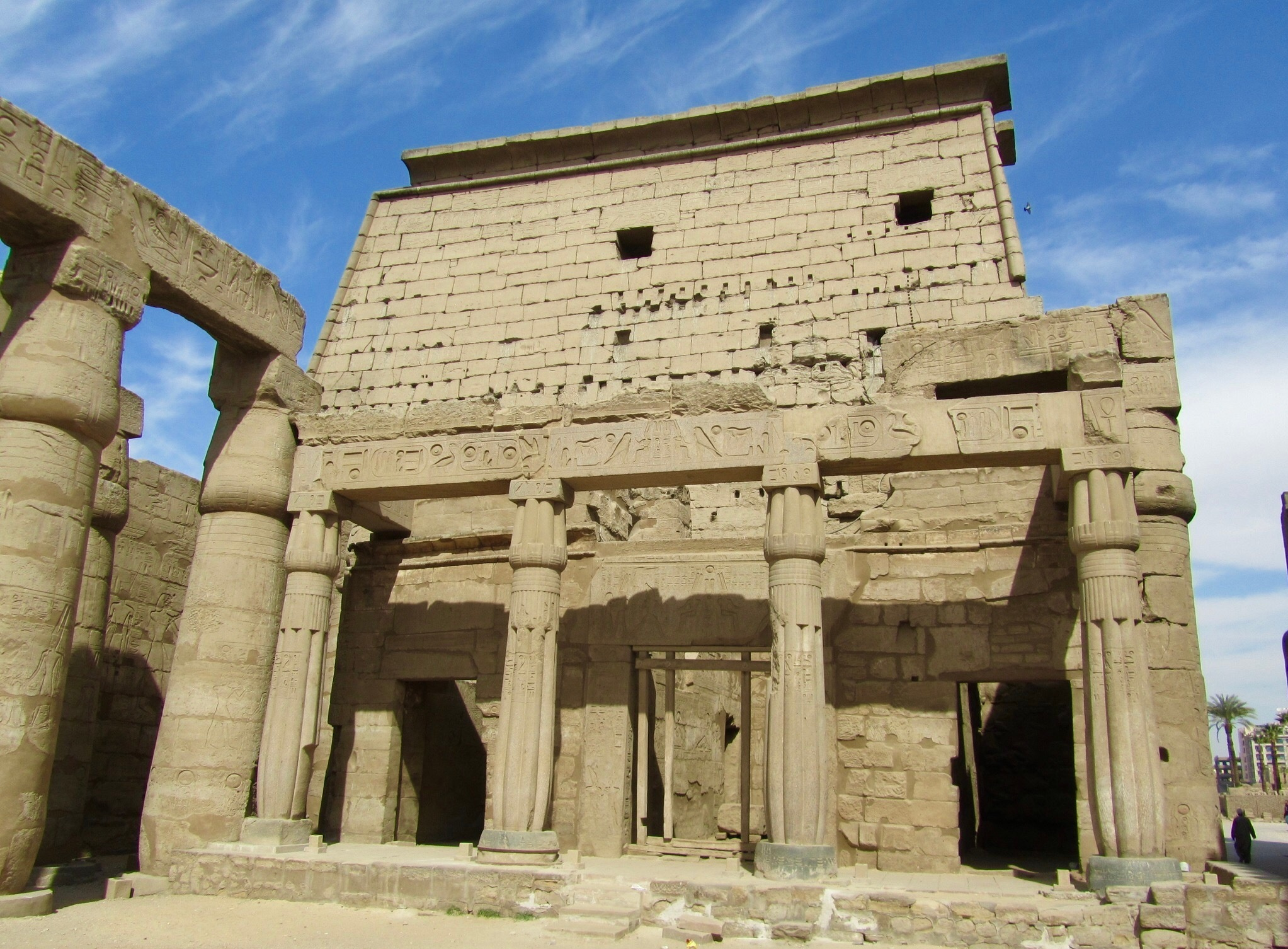 Welecome to Egypt......Luxor temple. by Ashraf Younis