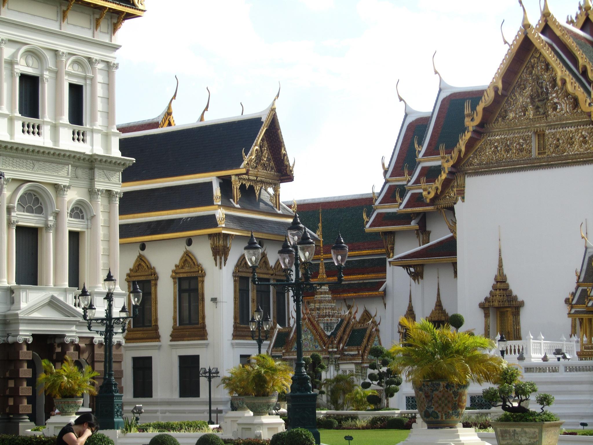 Royal palace.....bangkok by Ashraf Younis