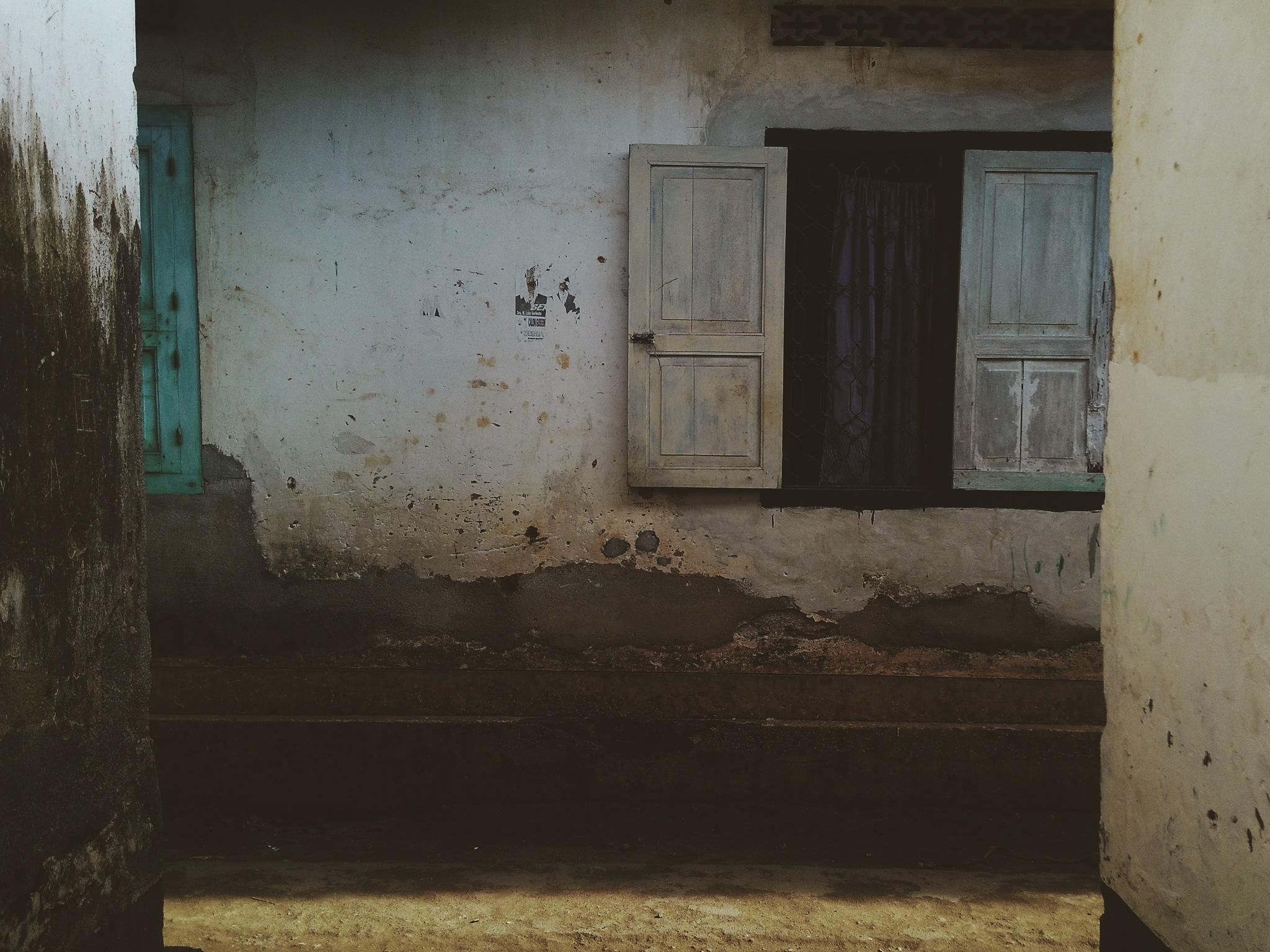 windowe by Ismah Marniati