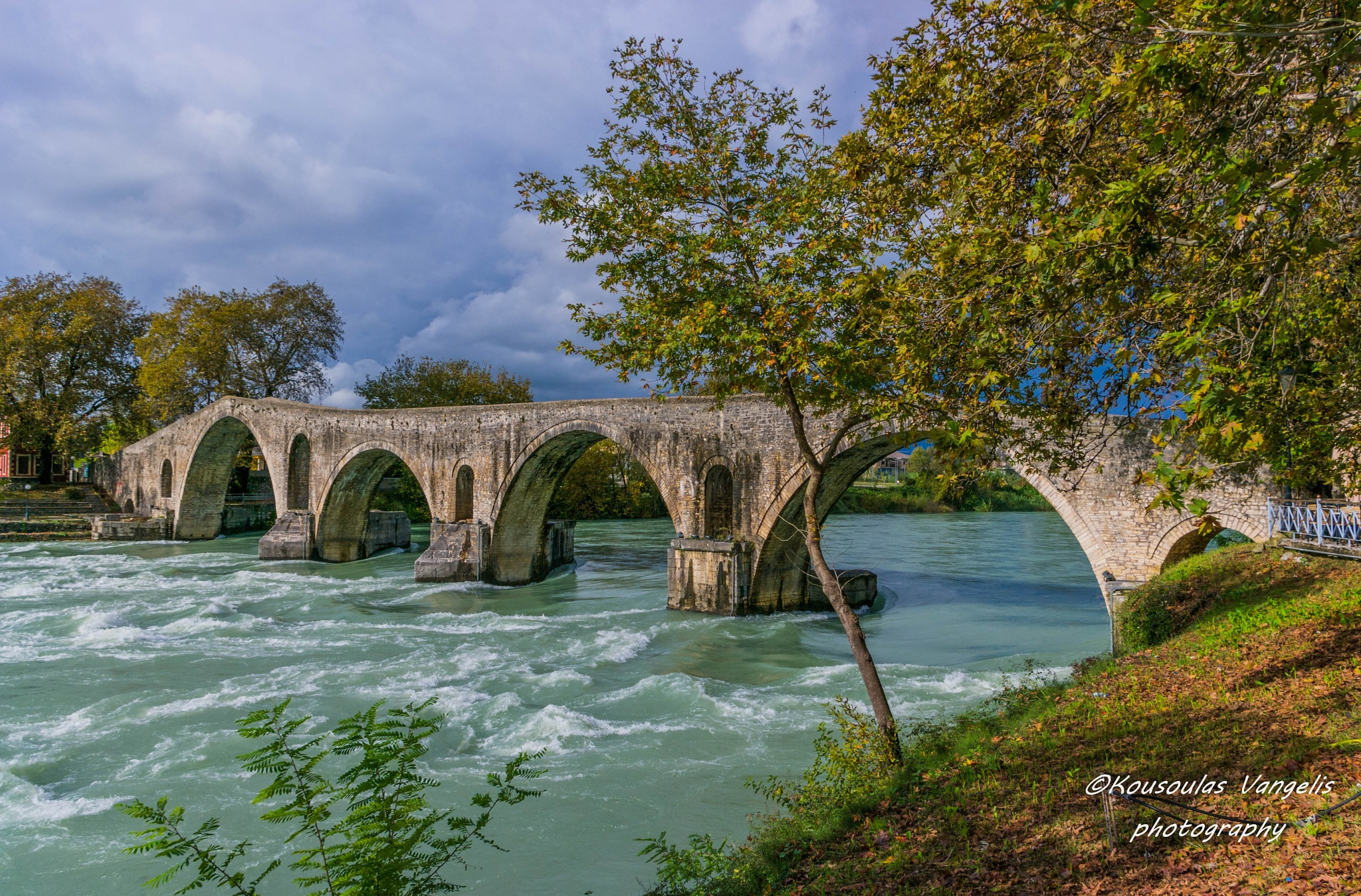 The bridge of Arta by kousoulas vangelis