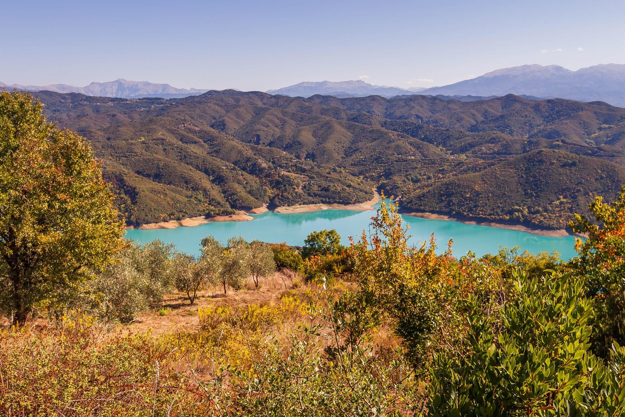 Lake Arachthos river by kousoulas vangelis