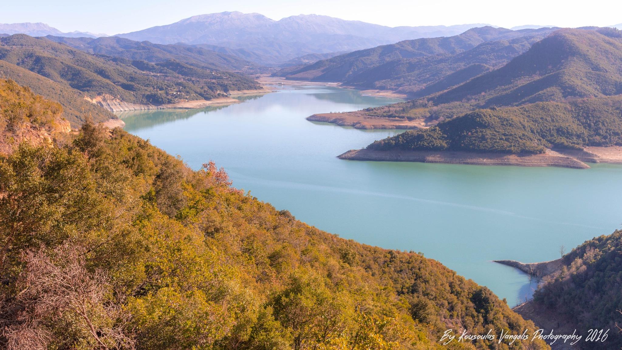 Lake dam Poyrnari Artas by kousoulas vangelis