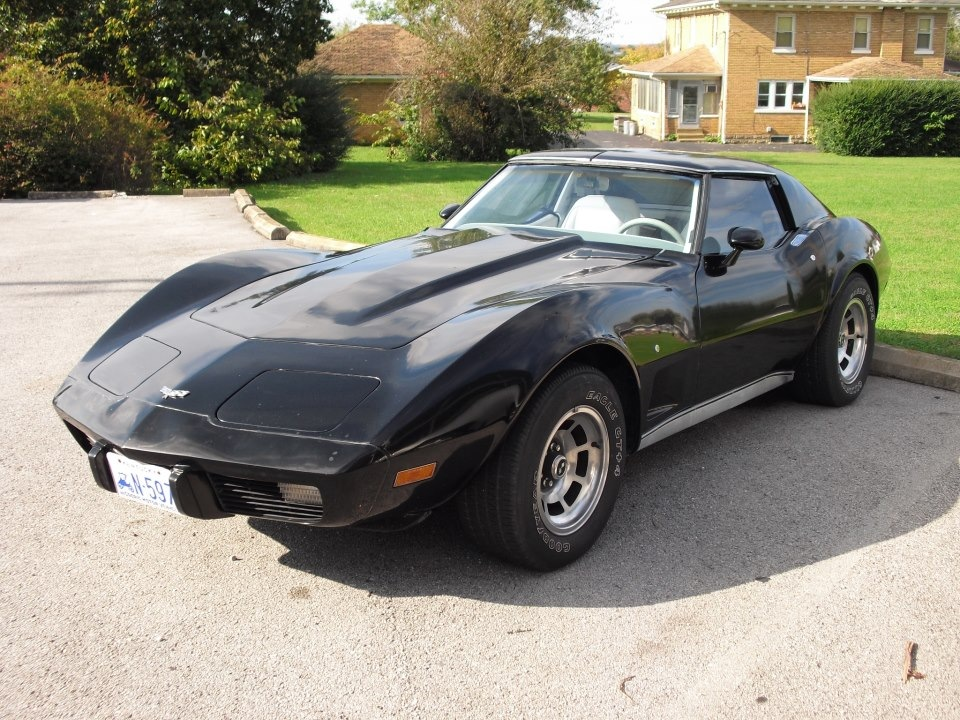 1977 Corvette by robhead