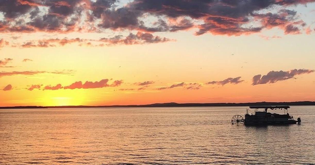 Sylvan Lake Sunset by Jessy La