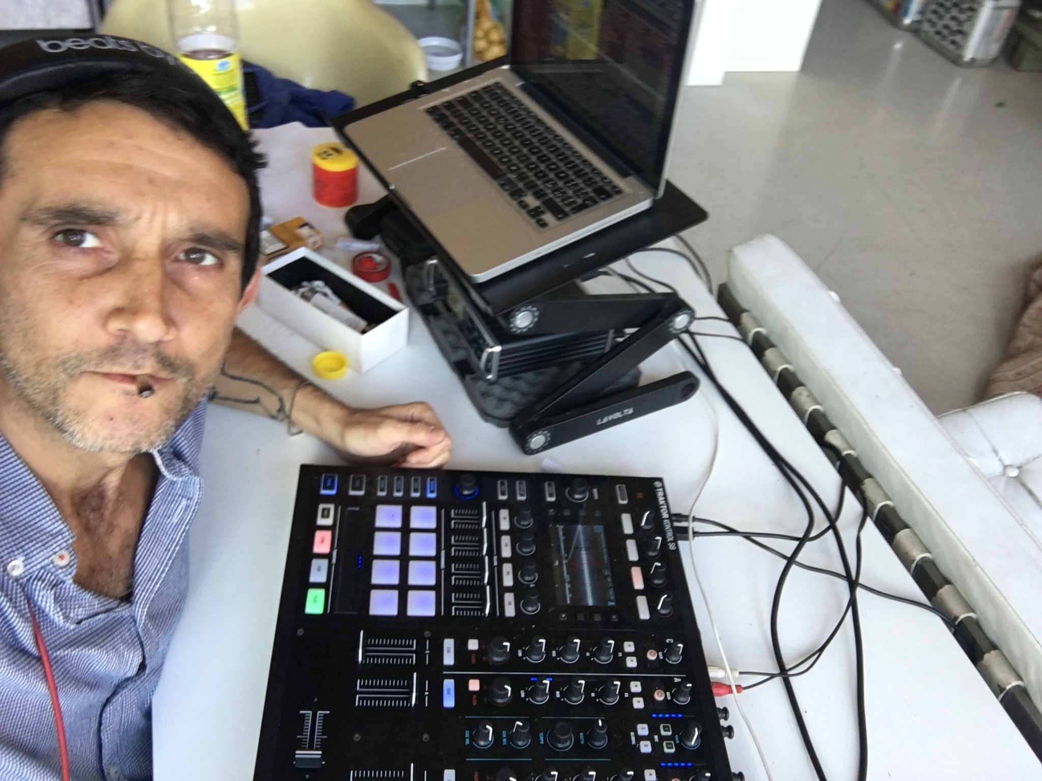 Fab, Ventura VX Recording Studio by mutti