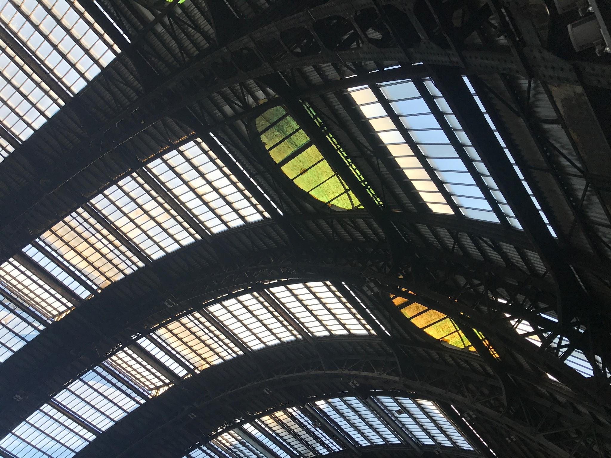 Stazione Centrale Milano by mutti