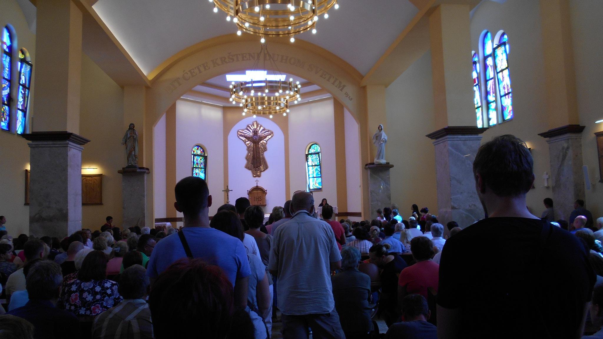 Unutrašnjost Crkve u Šurkovcu ,BIH.! by Mare