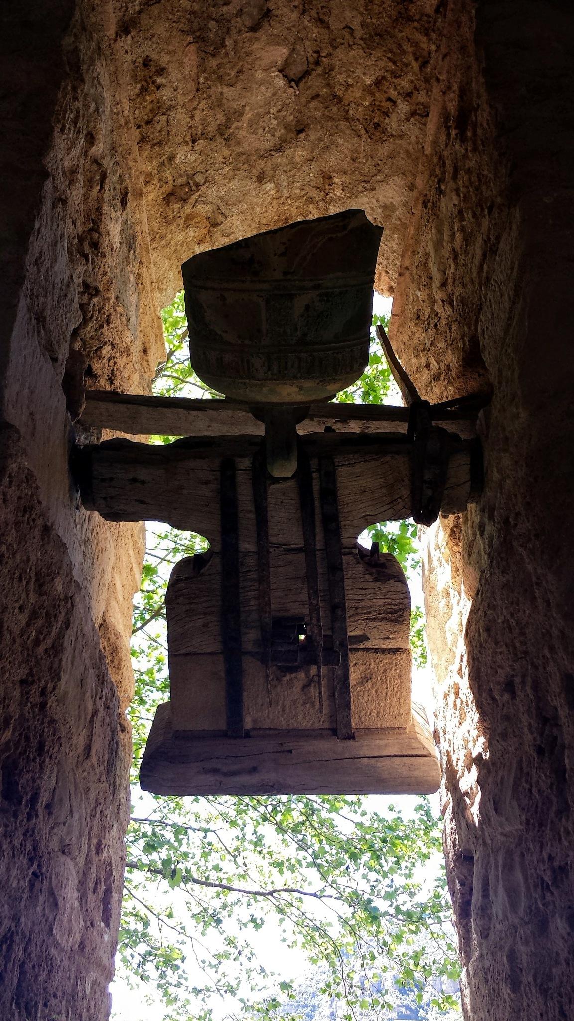 La campana rota by JMDuque