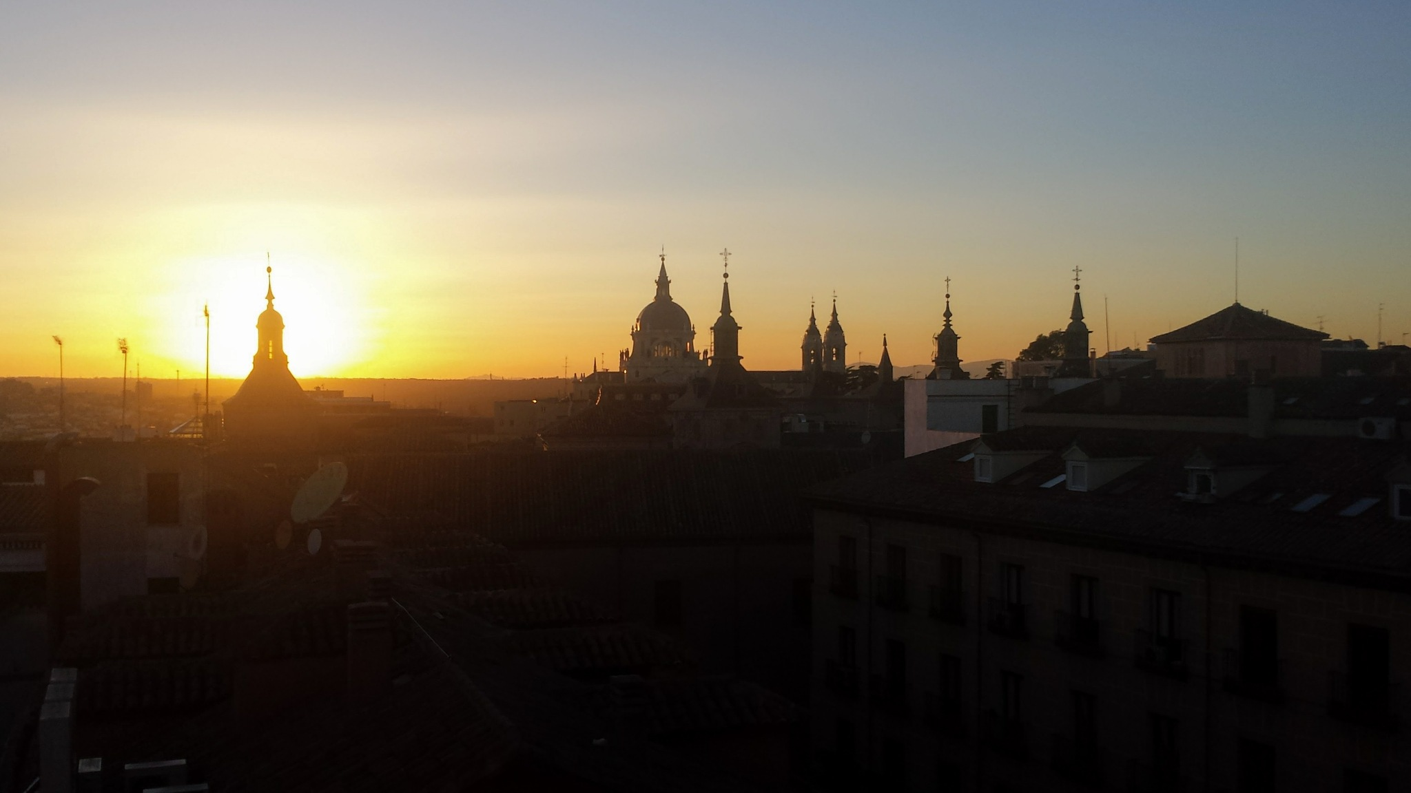 Madrid sunset by JMDuque