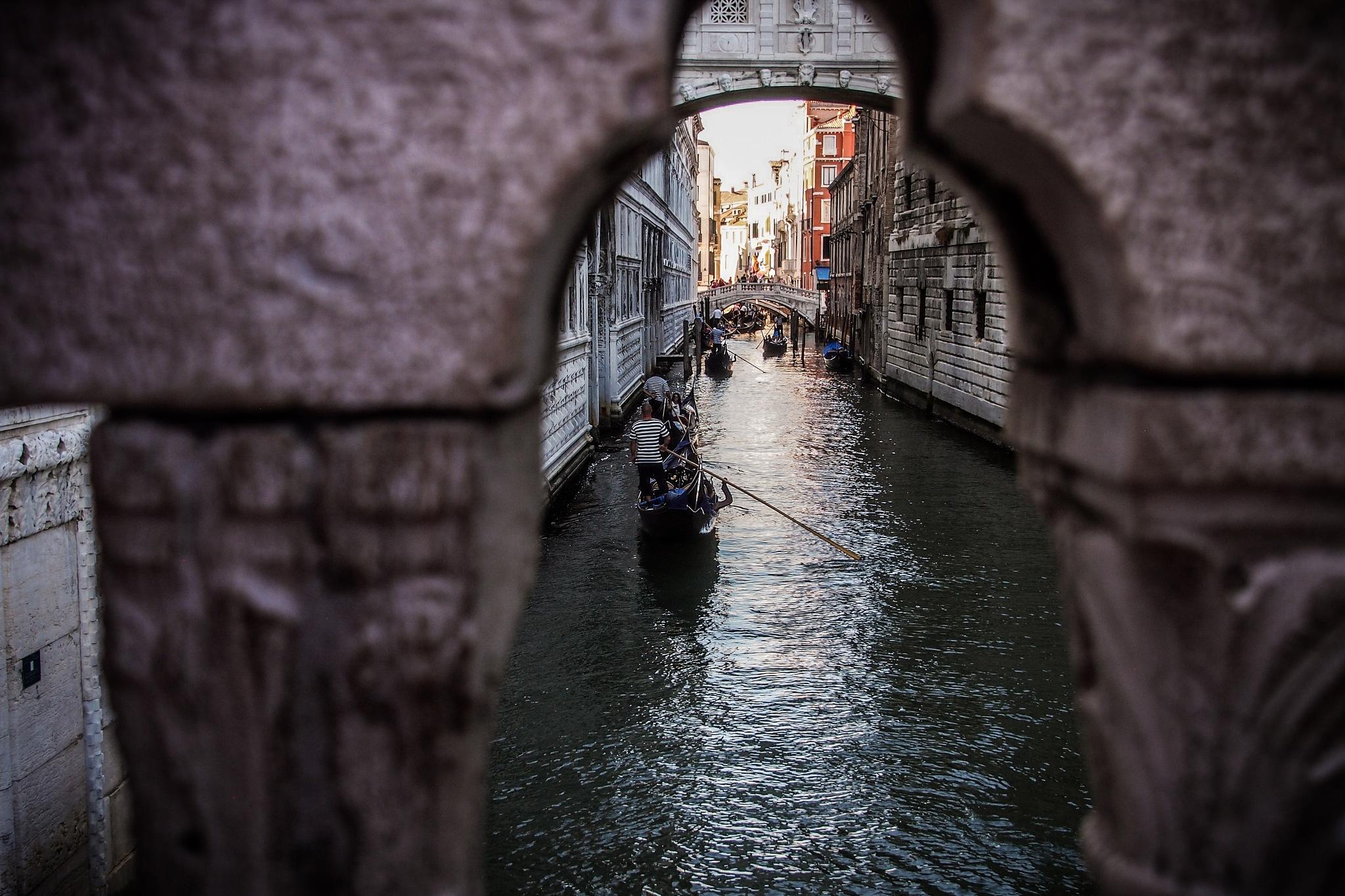 Venice in love by DovetiPorto