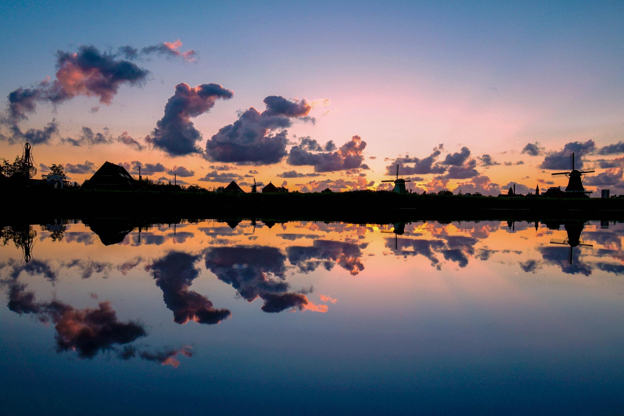 Zaanse clouds by Shaggynum