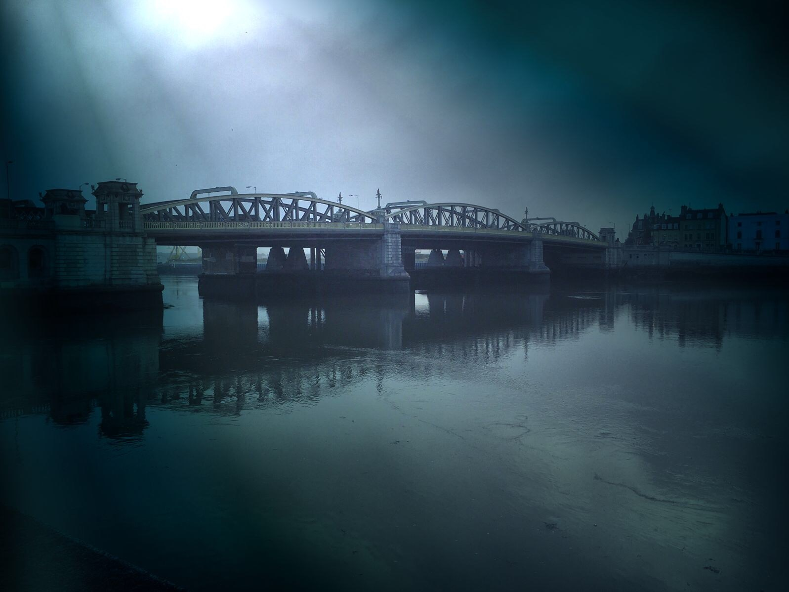 Rochester Bridge at Sunrise by Photographer Gino Cinganelli