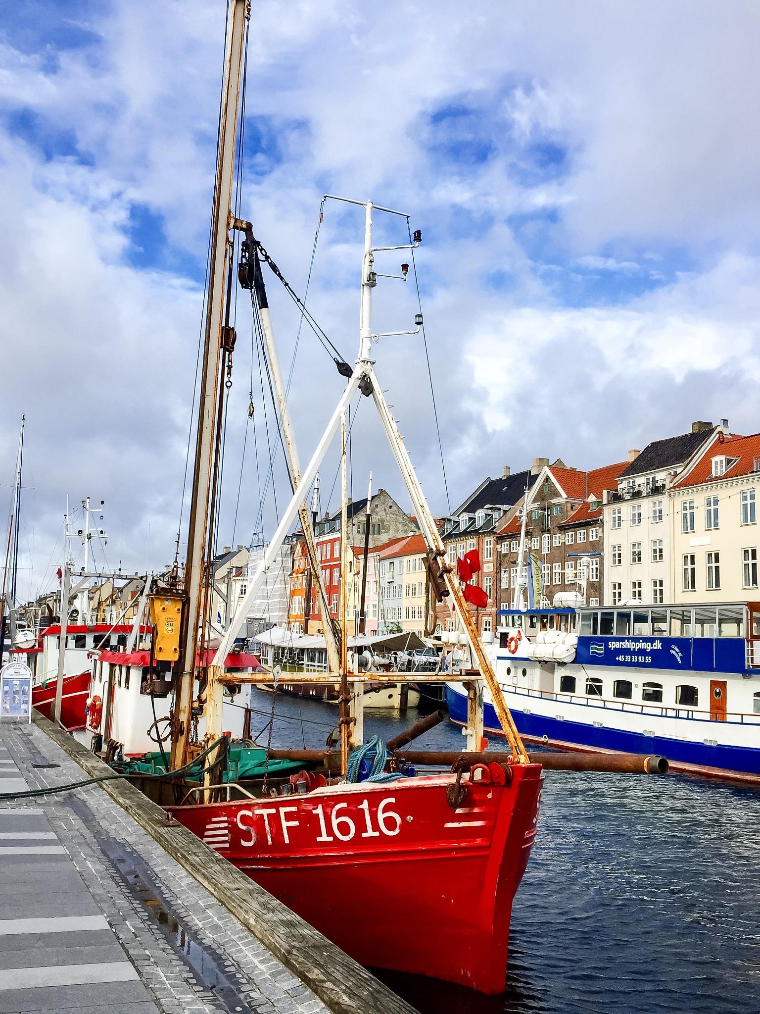 ... fra en lille gåtur i København i dag  ... from a little walk today in Copenhagen   by Jan Lauridsen