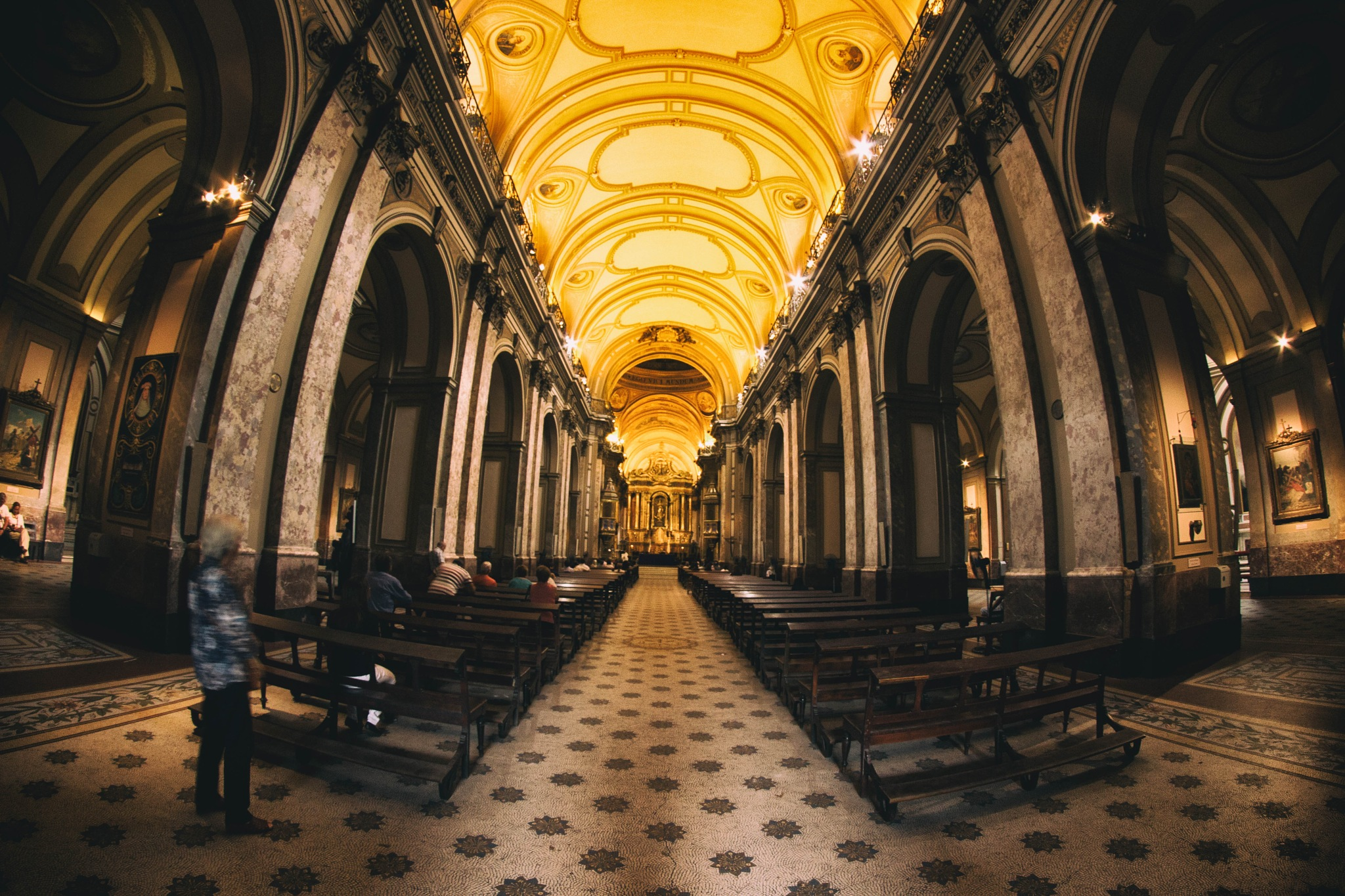 Interior catedral de Buenos Aires by nent