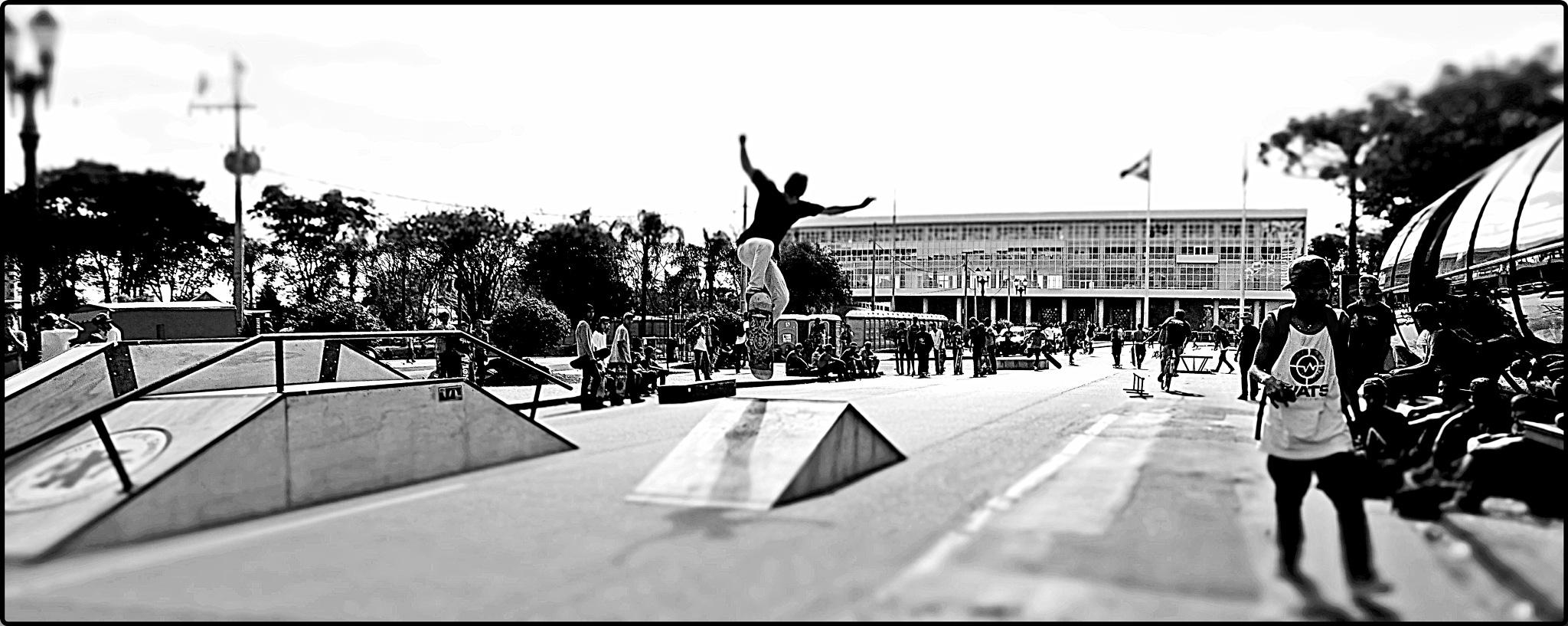 Skate by Emerson Mazza