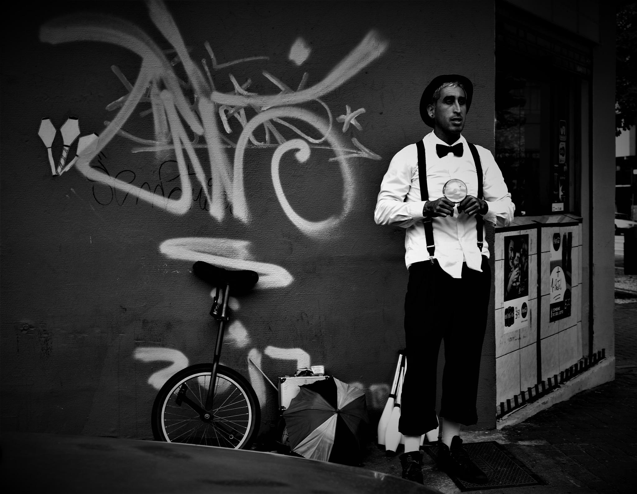 Na Rua by Emerson Mazza