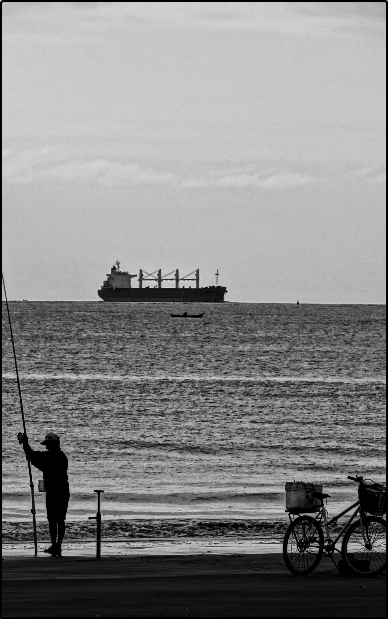 O Mar by Emerson Mazza
