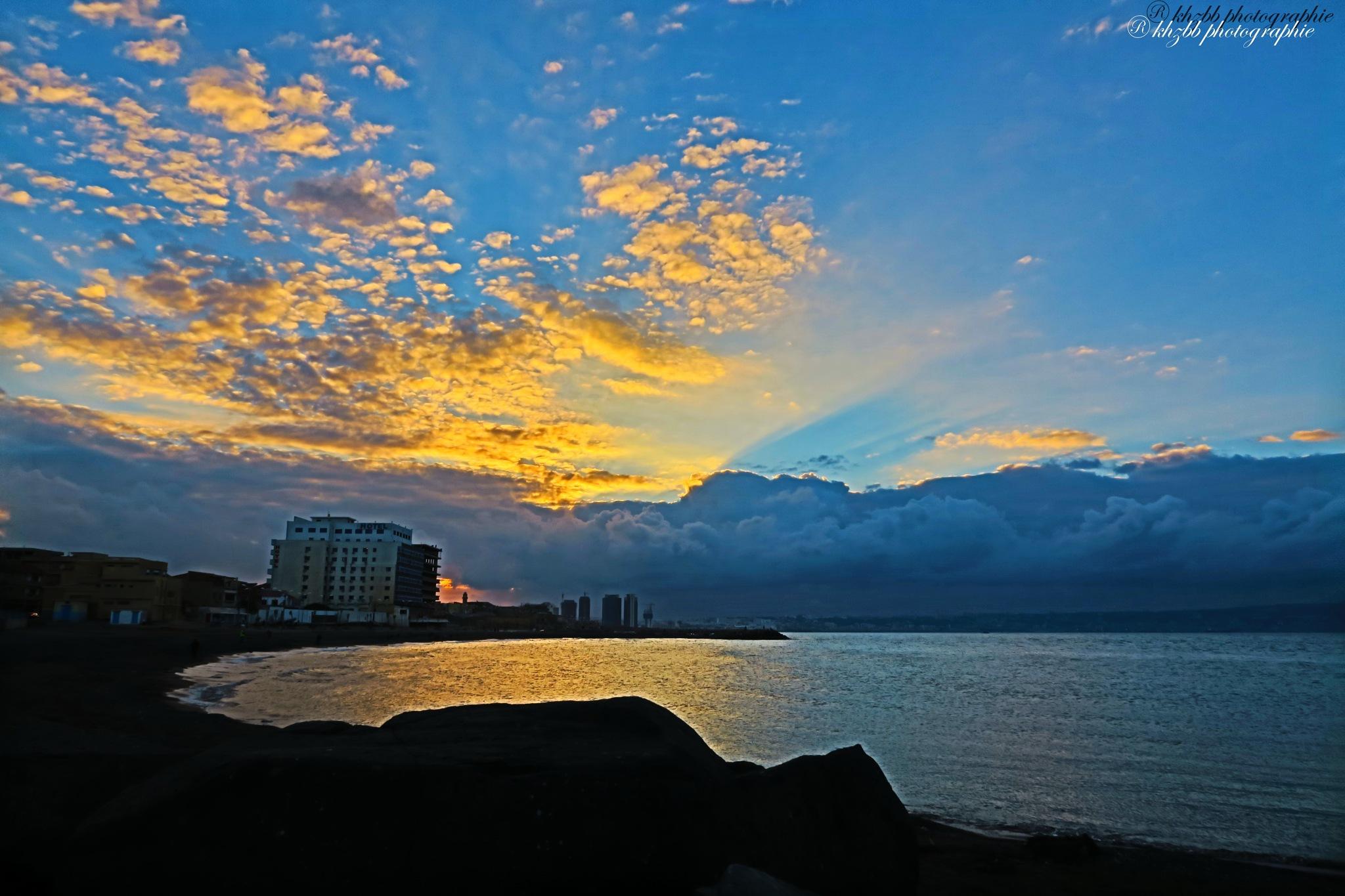 sunset by kherrazhbb