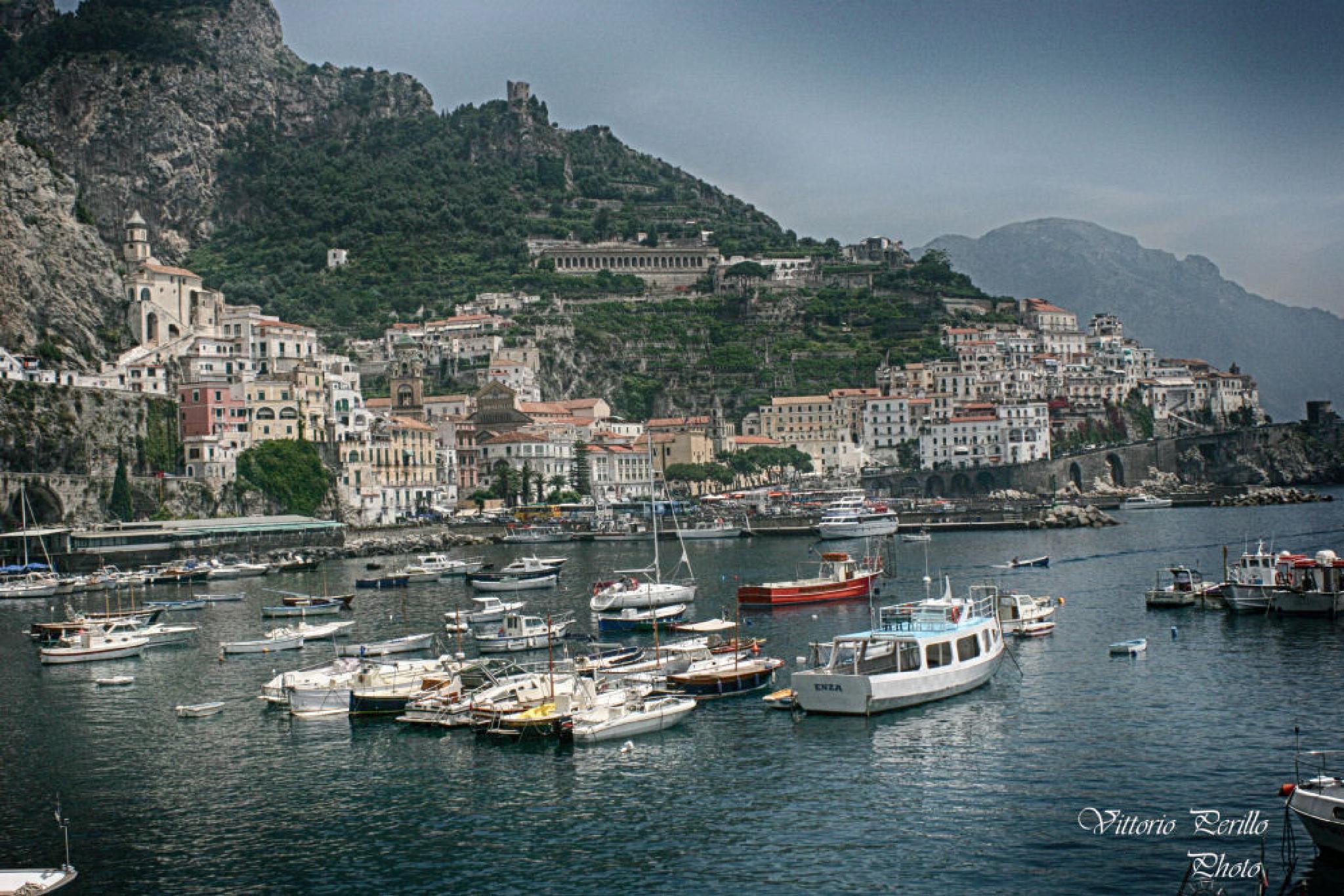 Amalfi by Vittorio Perillo