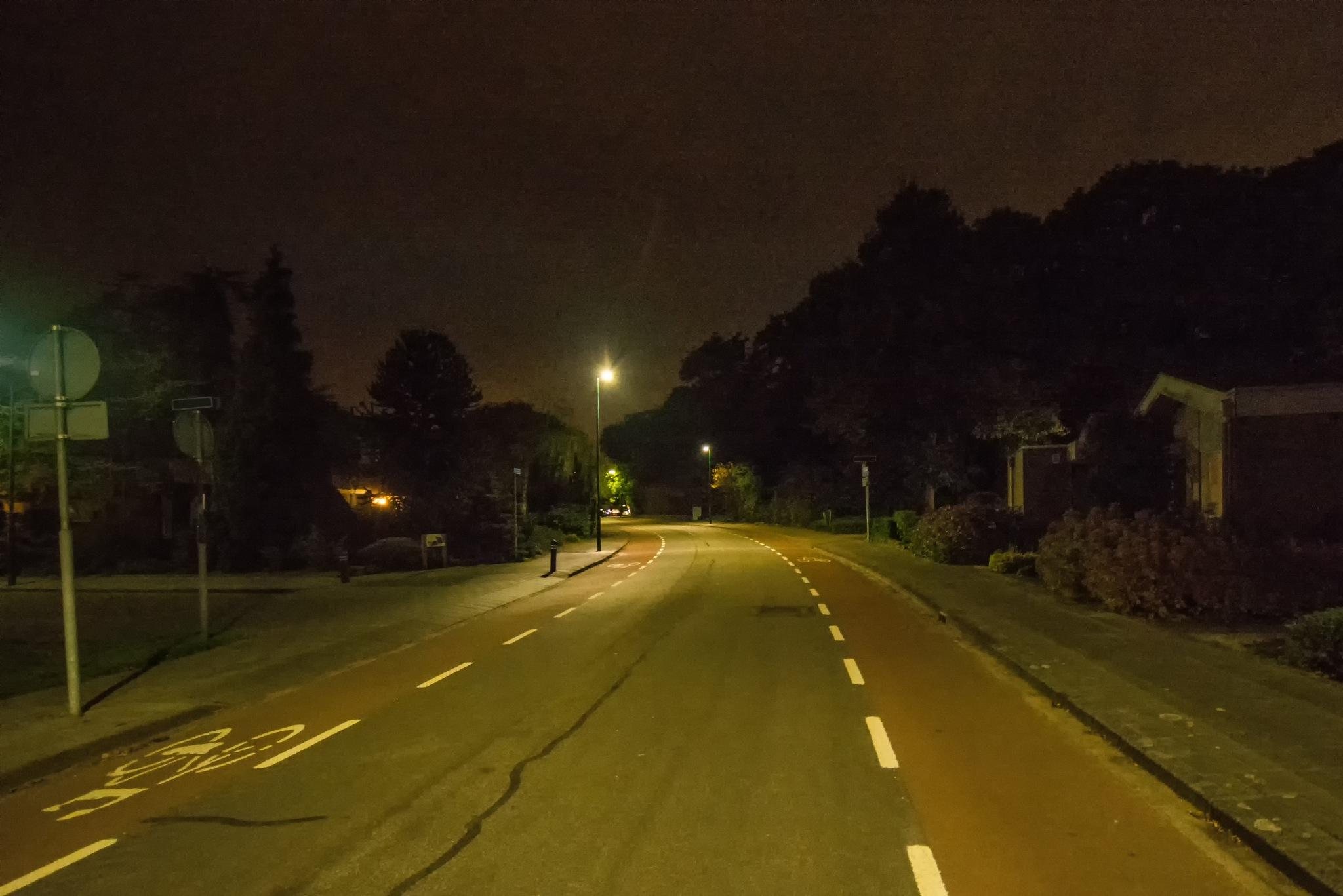 New Streetlight_II by HaWaFoTo