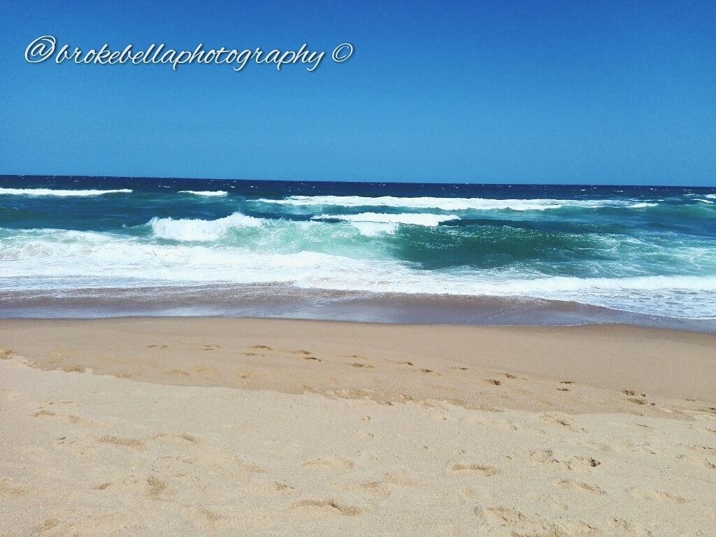 Beach and Chill by BrokeBella