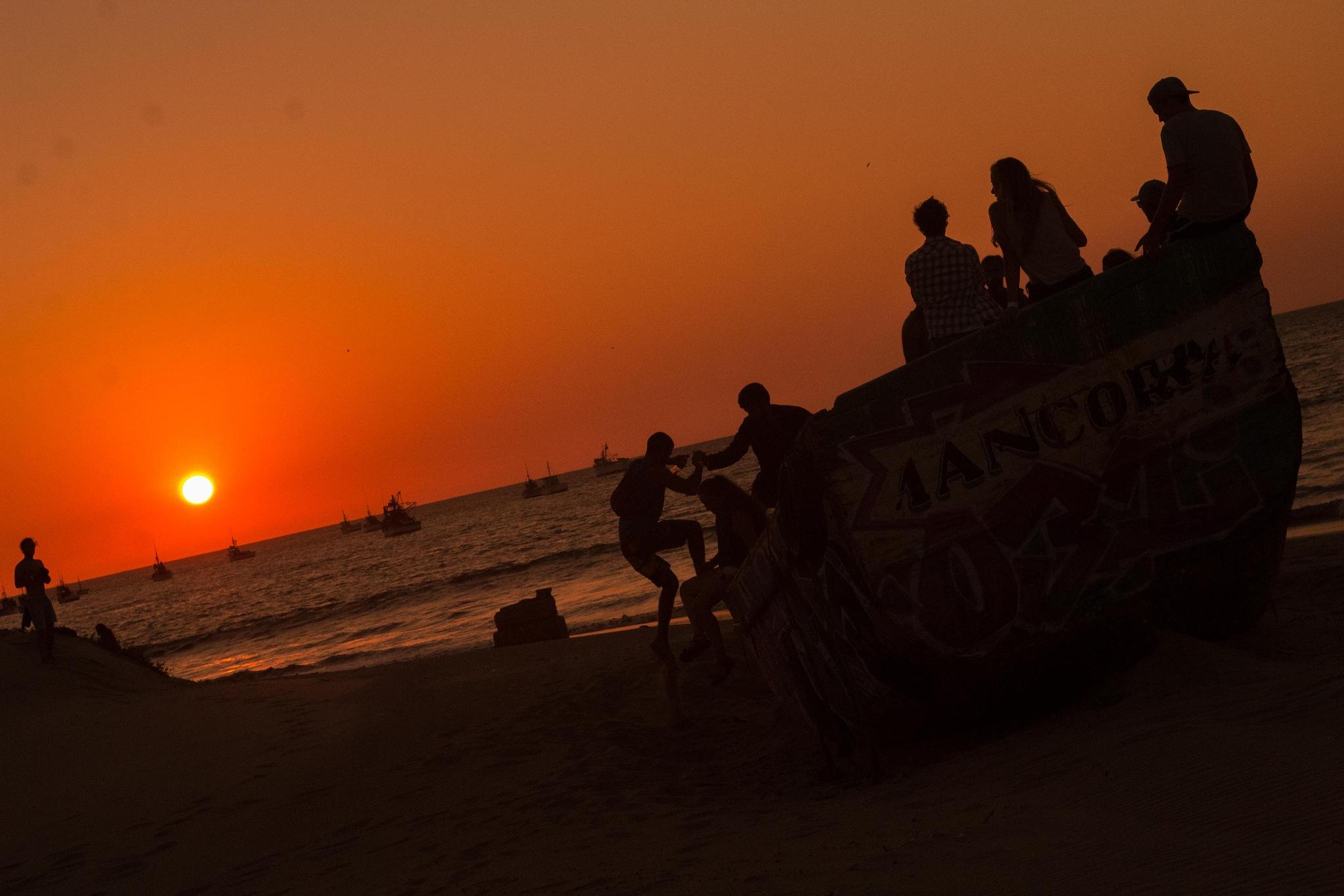 Sunset and friends by Javier Avedikian