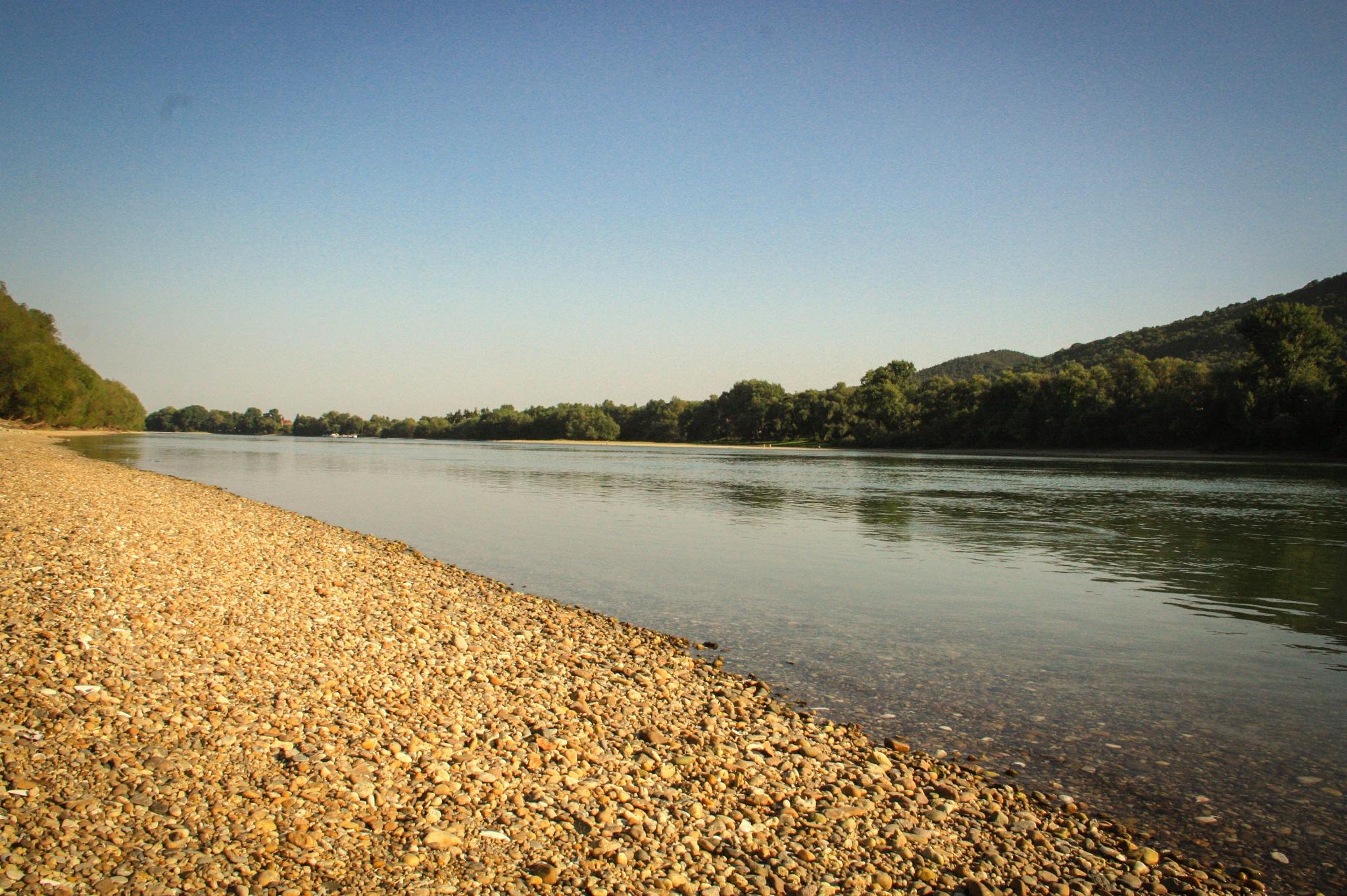 Duna - Kisoroszi by Róbert Hodruszky
