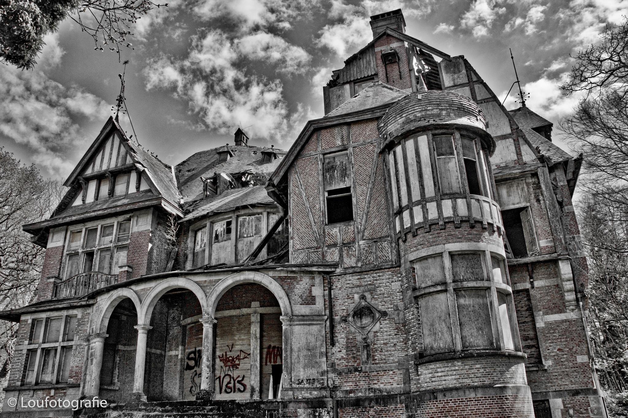 Chateau Nottebohm by Loufotografie