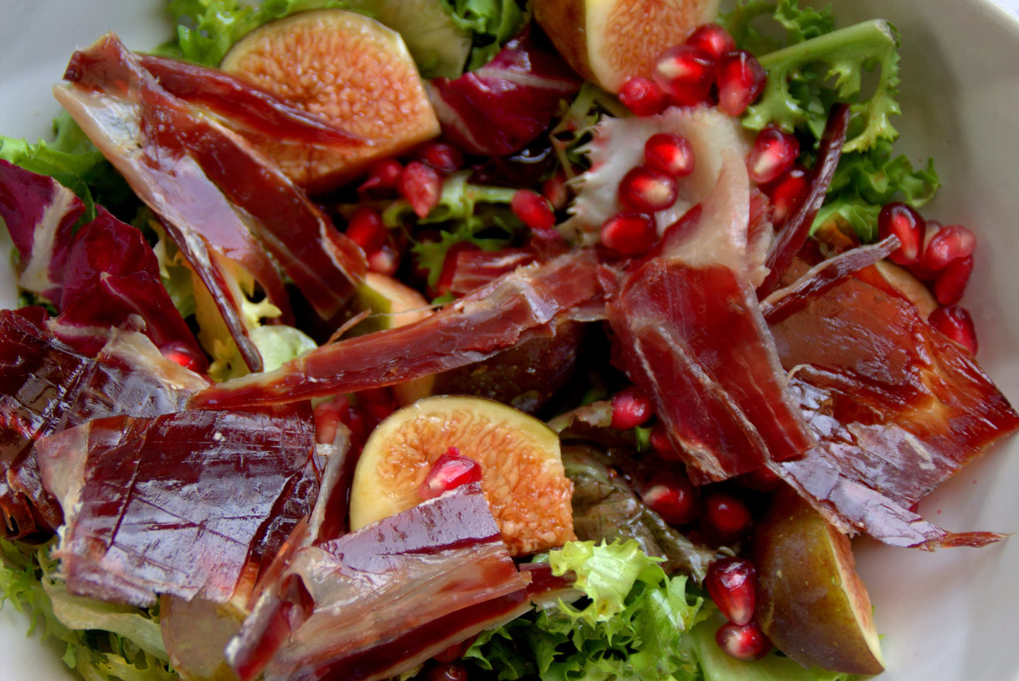 ensalada de otoño con aceite de oliva virgen como aliño by mmvicent