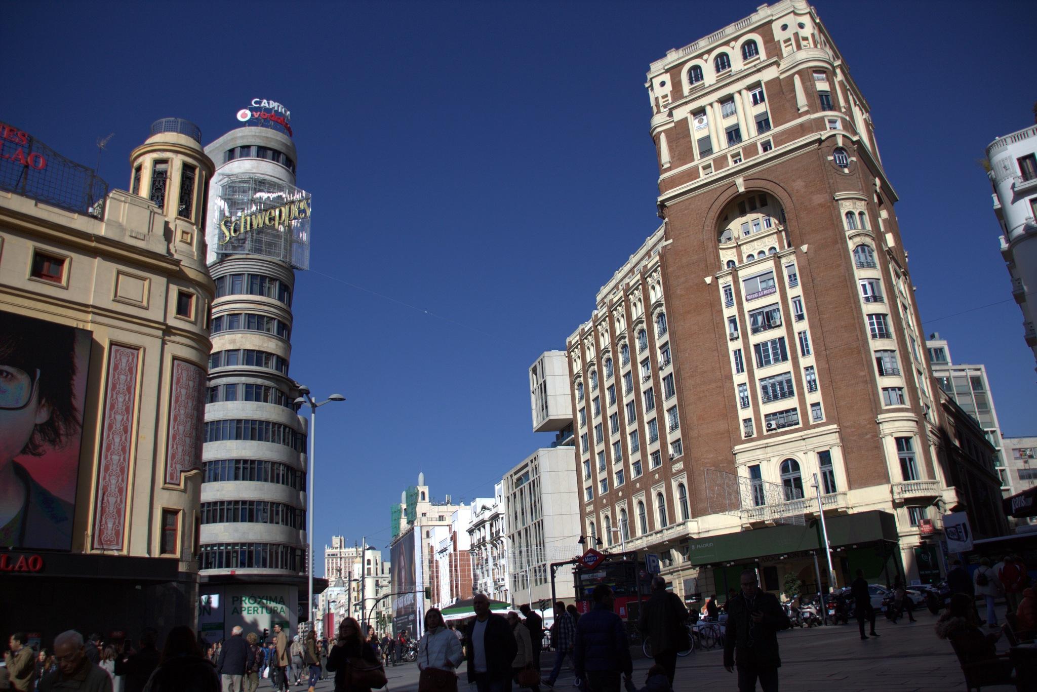 Edificios singulares en la plaza del Callao by mmvicent