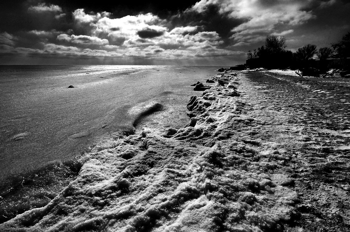 "Море"" засыпает"" от морозов . by Nikolay  Mihaylenko"