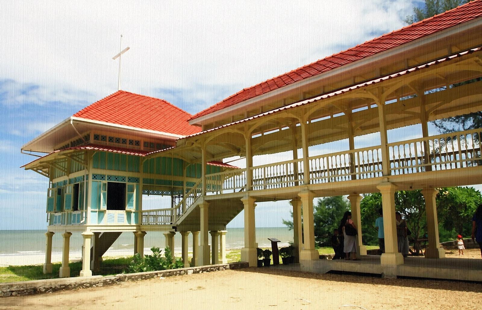 Royal Palace No. 2 by Toom Wai Thong