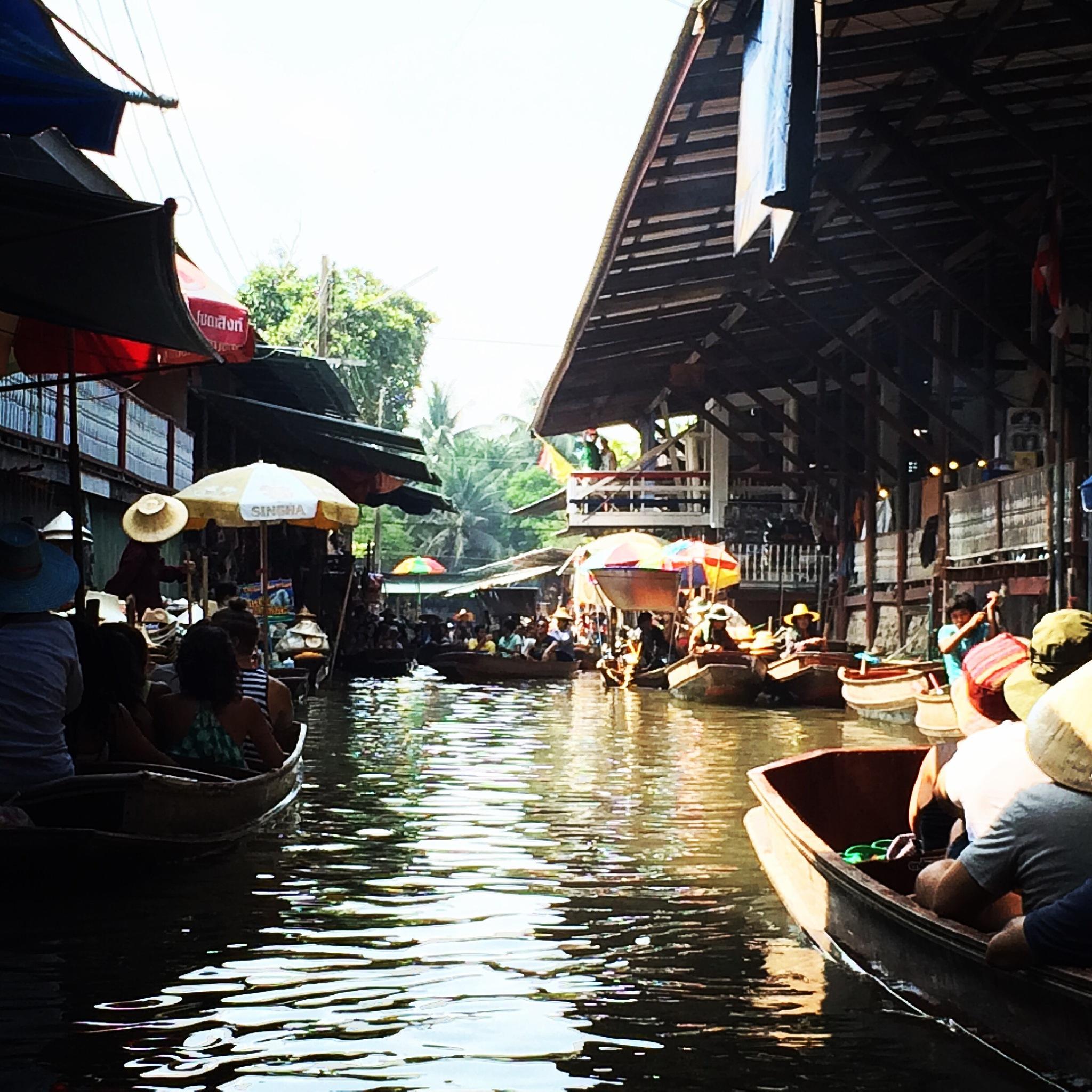 Floating Markets, Bangkok, Thailand  by Illka Gobius