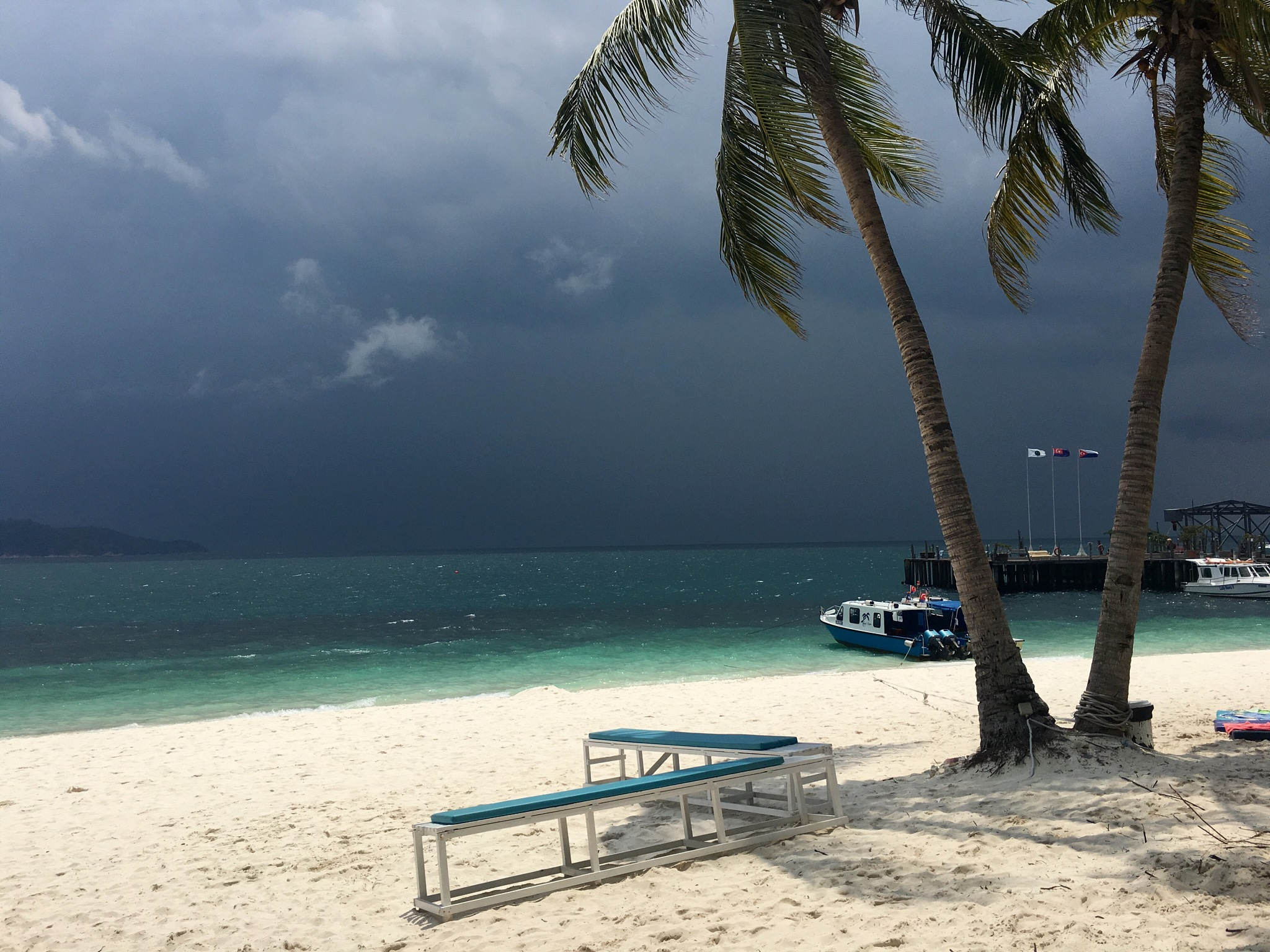 The tempest cometh. Rawa Island, Johor, Malaysia by Illka Gobius