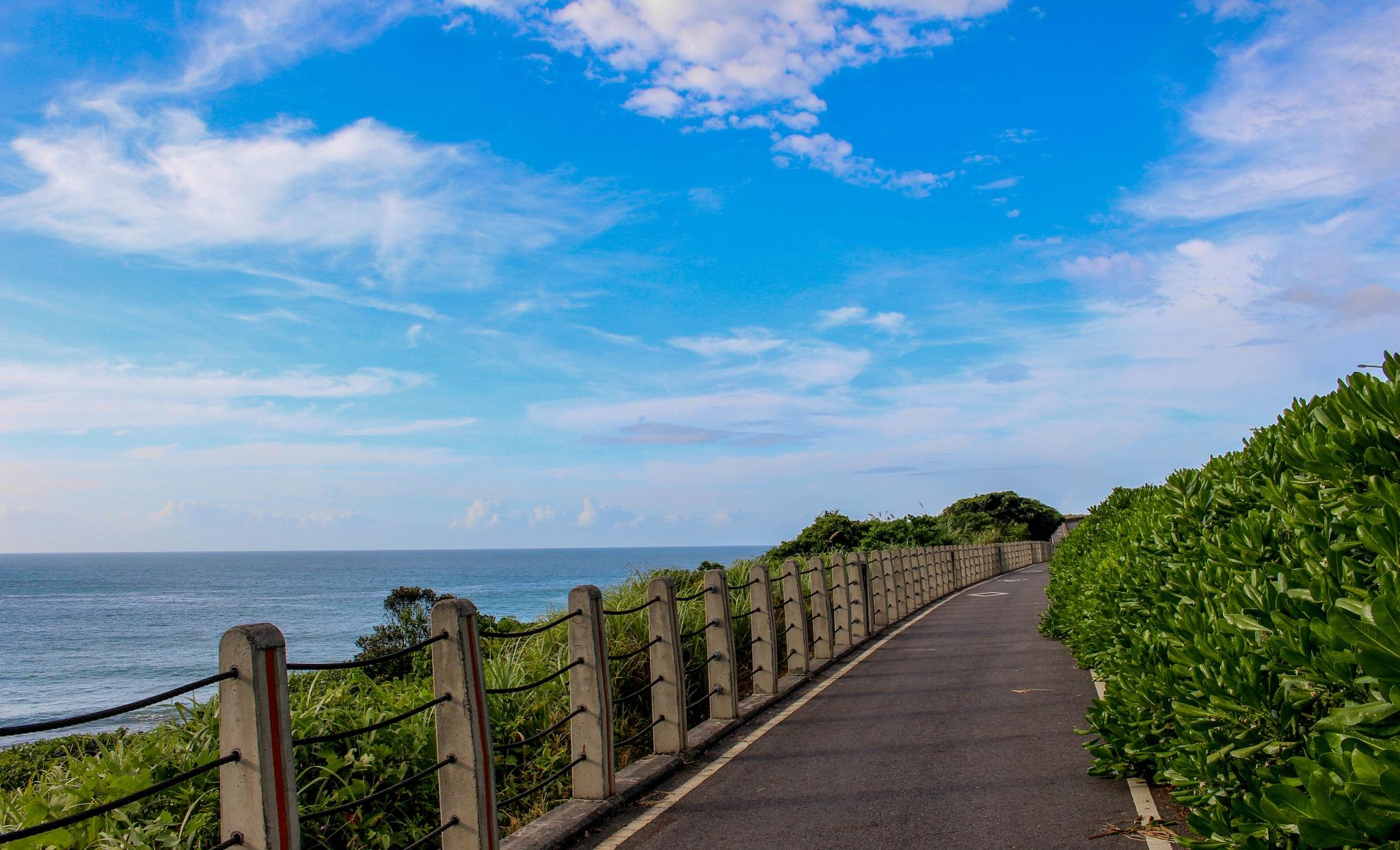 Beach Side Cycling by tamilkumarancse