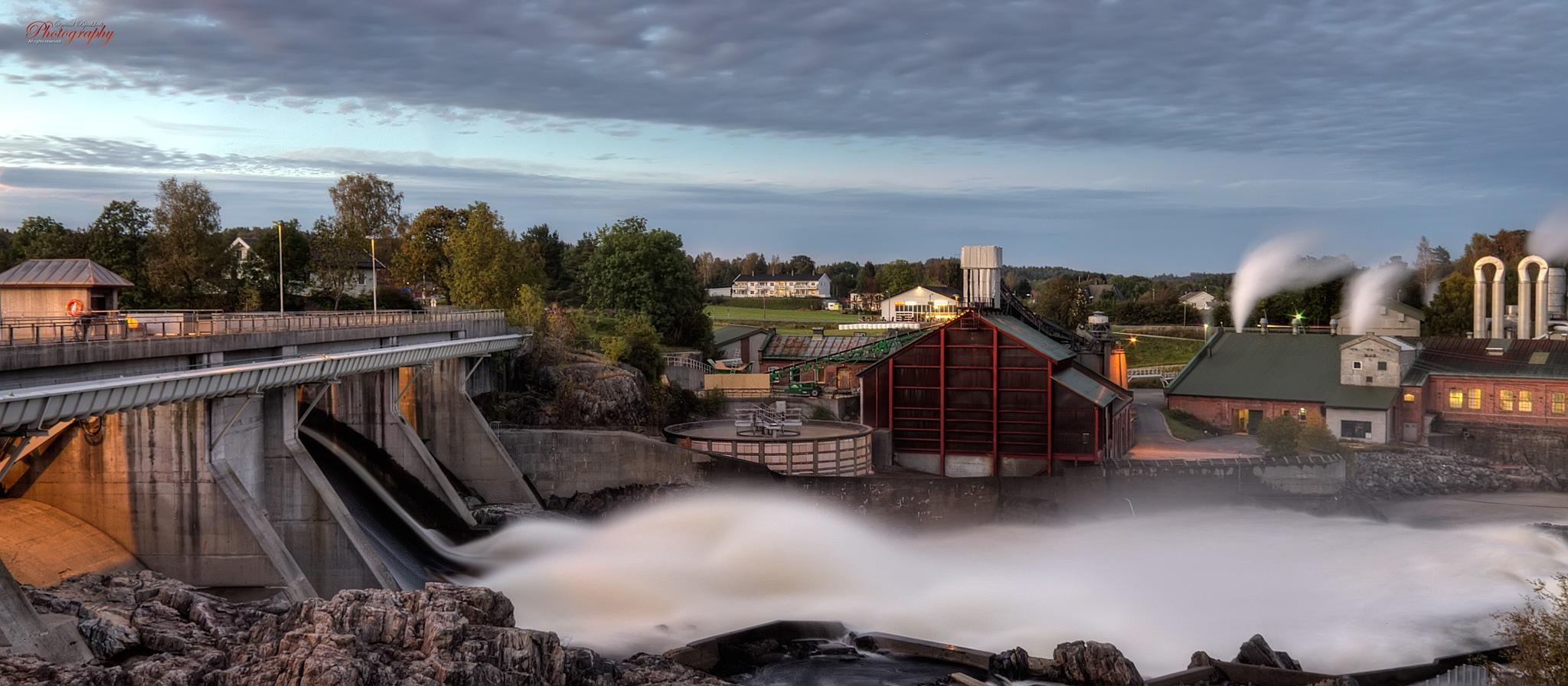 Rygenefossen by Oyvind Bjerkholt Photography