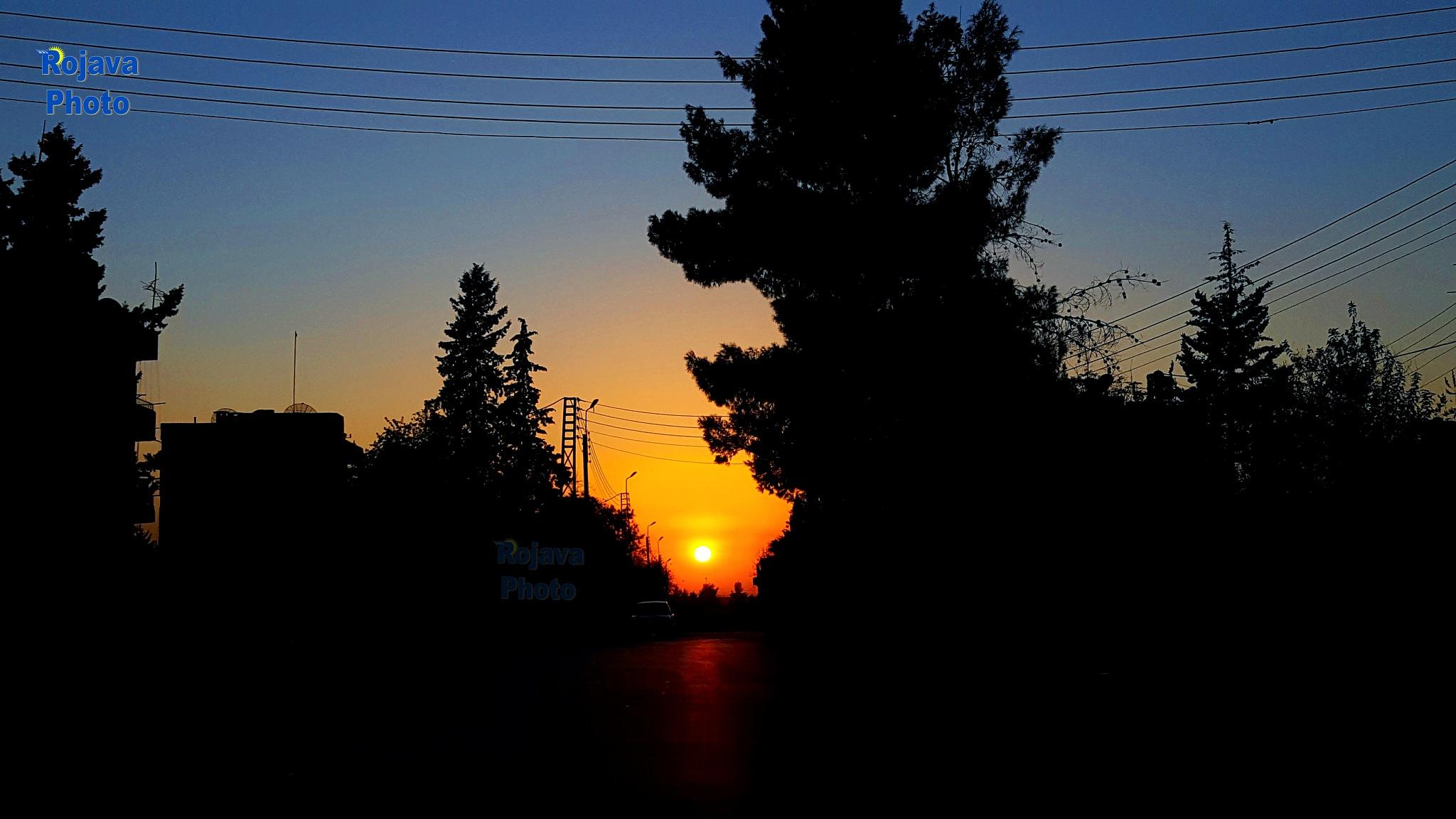 غروب الشمس في بلدة رميلان. Sunsets in the city of Rmelan. Al Hasaka,Rmelan #Rojava_Photo/Kani Mohamm by Kani Mhmad