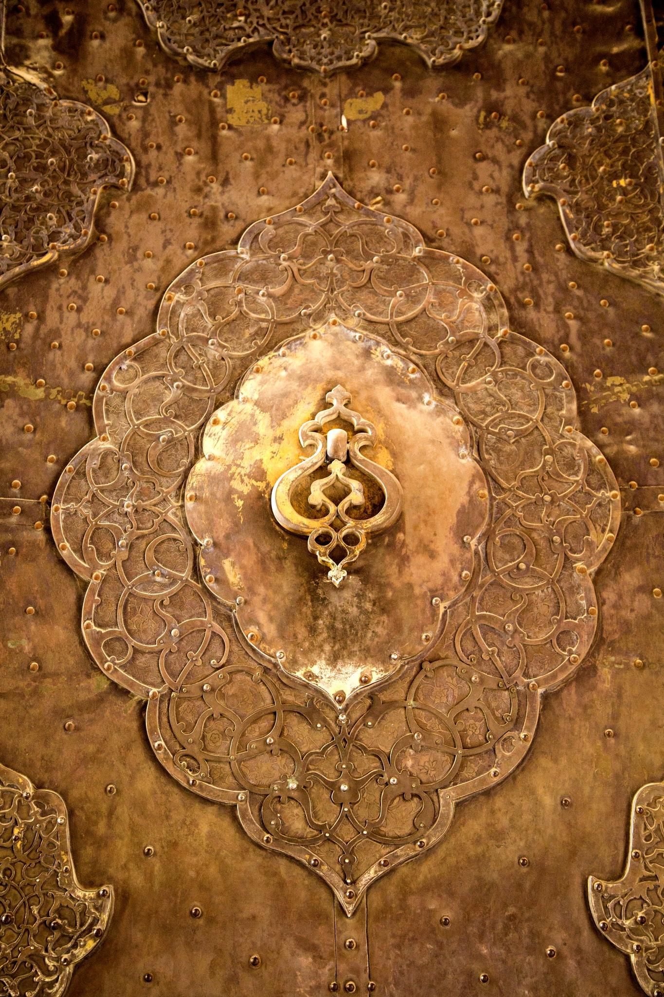 Door of Aalighapoo Palace, Isfahan, Iran - کلون در کاخ عالی قاپو by Babak Javid
