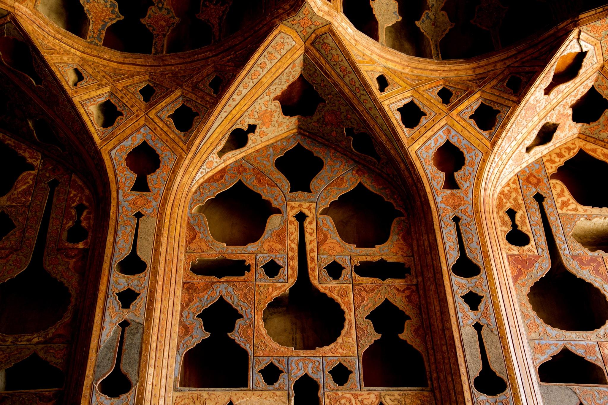 Isfahan, Iran, Aalighapoo Palace, Naghsh e Jahan Sq. - کاخ عالی قاپو میدان نقش جهان by Babak Javid