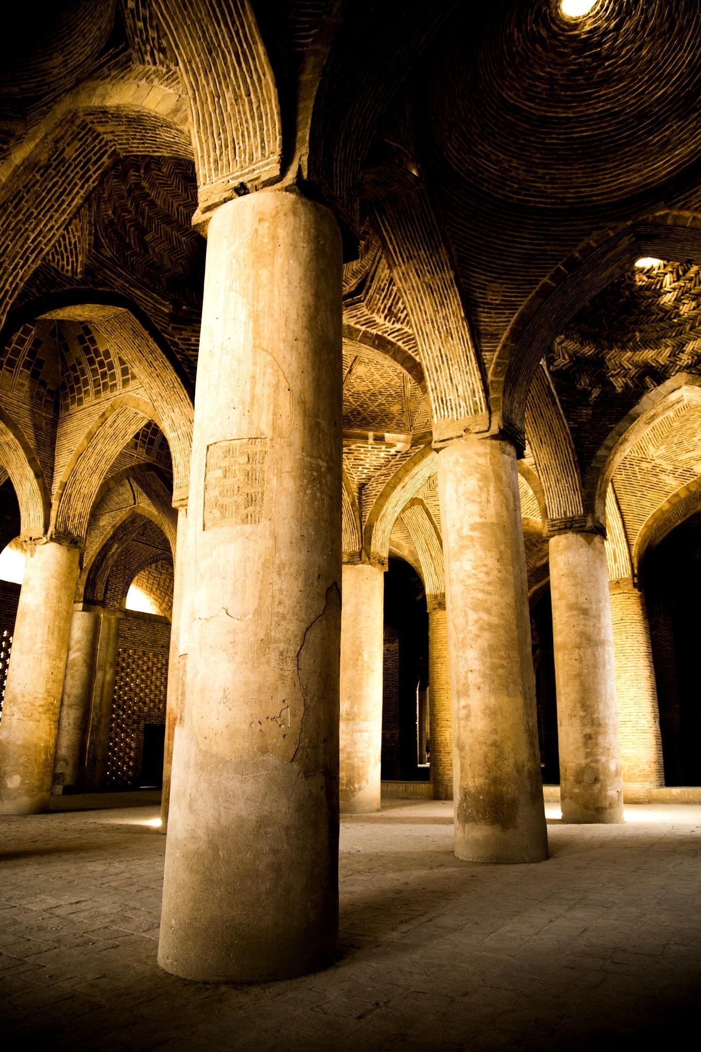 Isfahan, Iran مسجد عتیق اصفهان by Babak Javid
