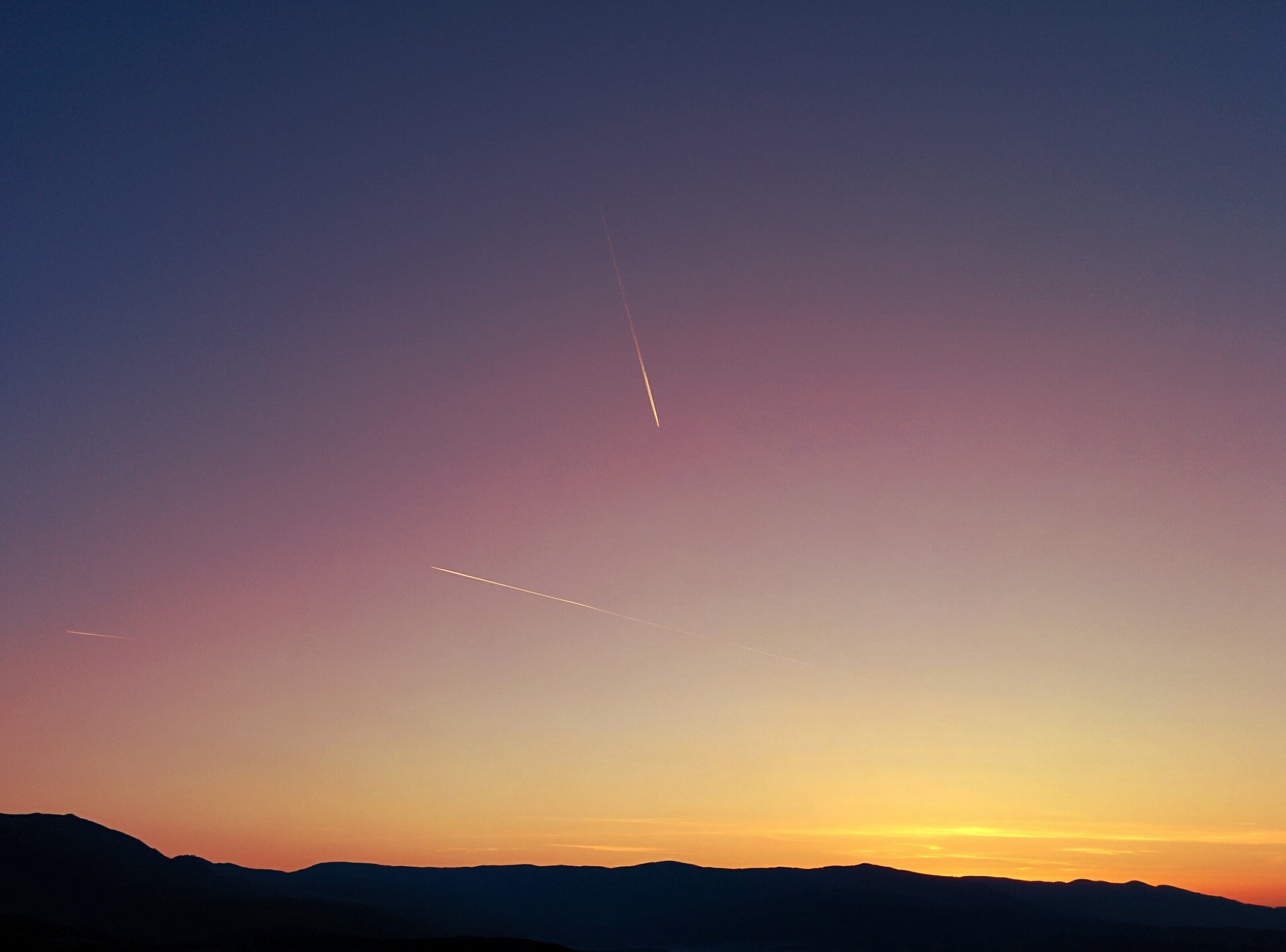 Purple sunset by olivergonegreen