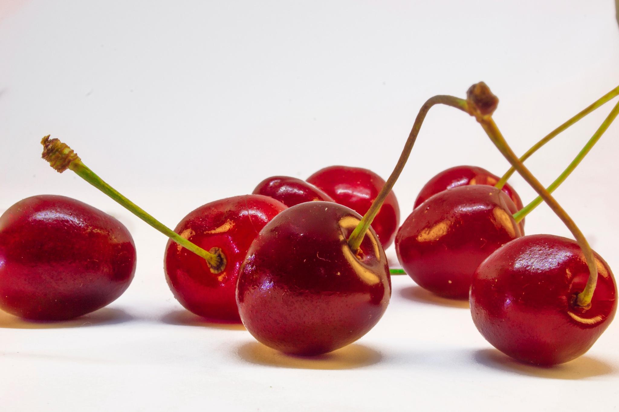 Cherries by Hamza Hamrouni