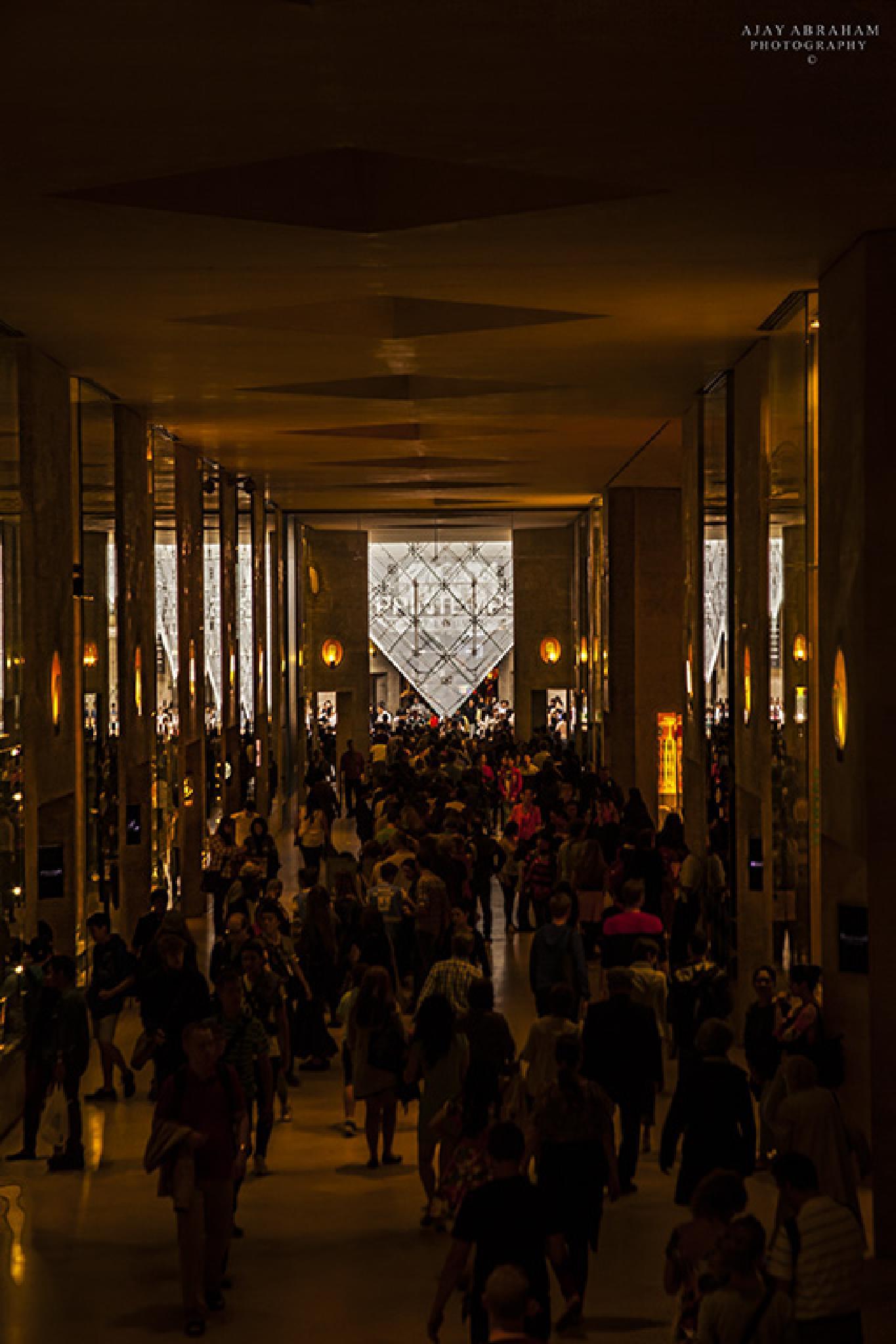 Louvre by ajayabraham2