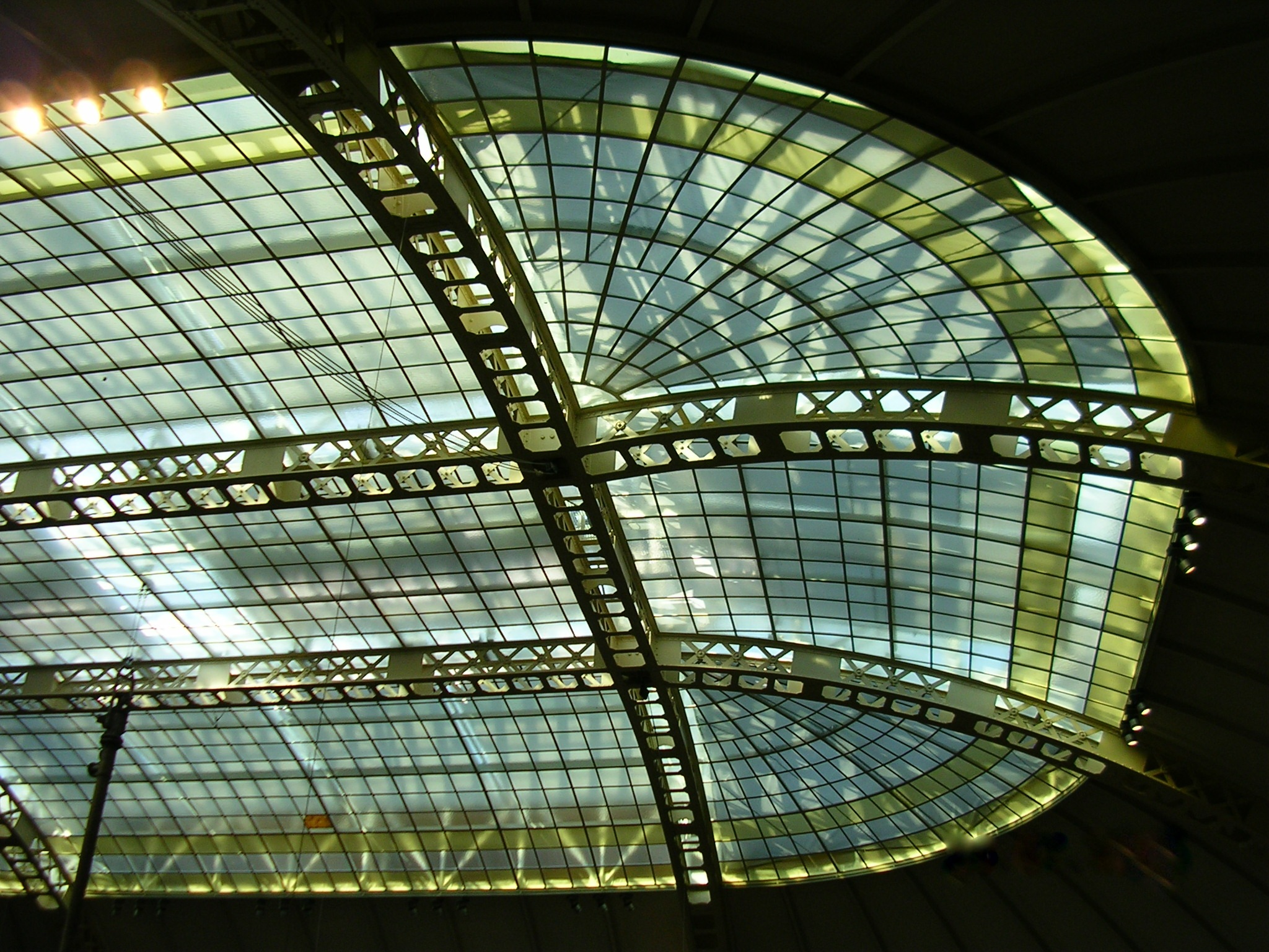 glas roof by Hansolo