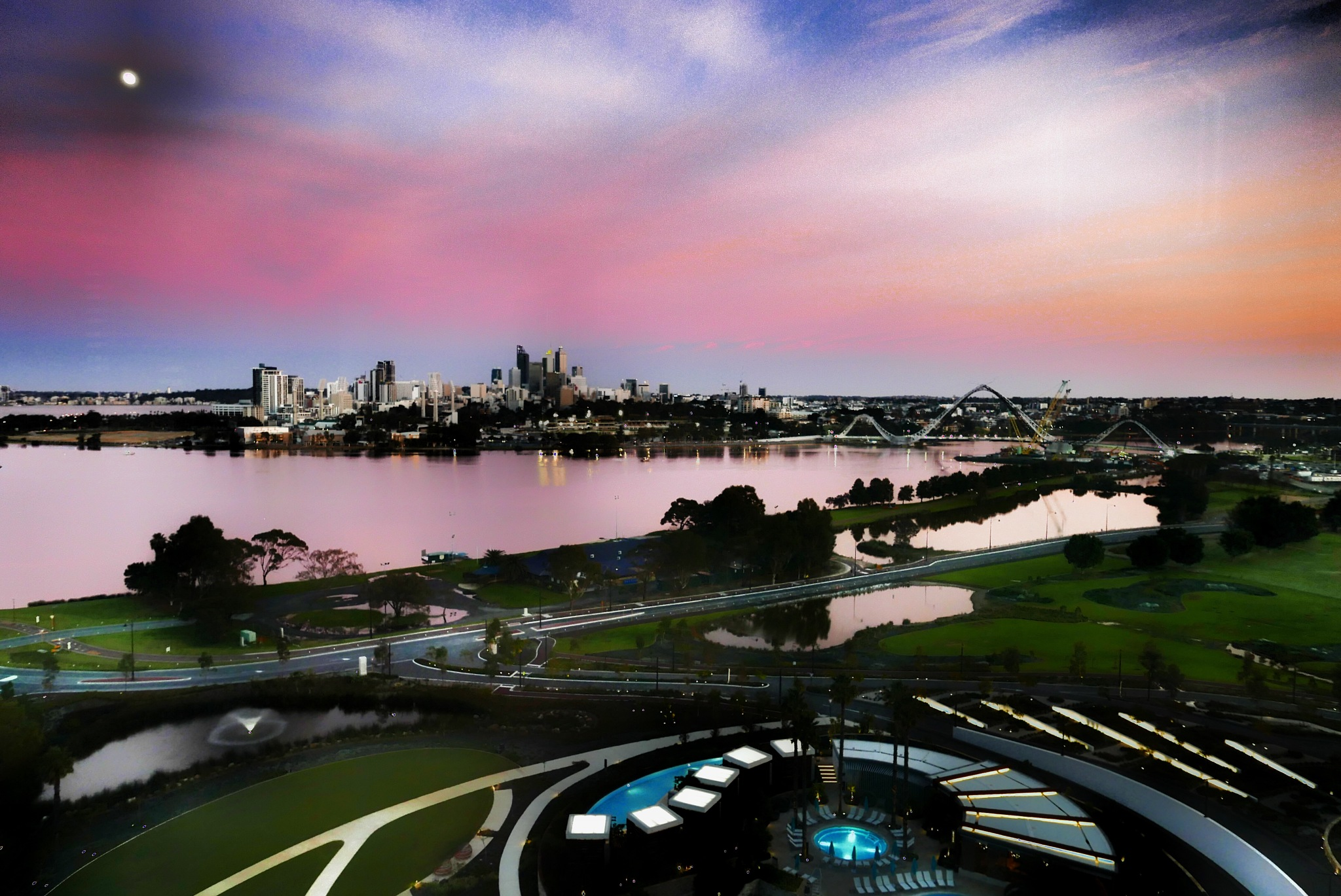 Sunrise over Perth by Peter Holton