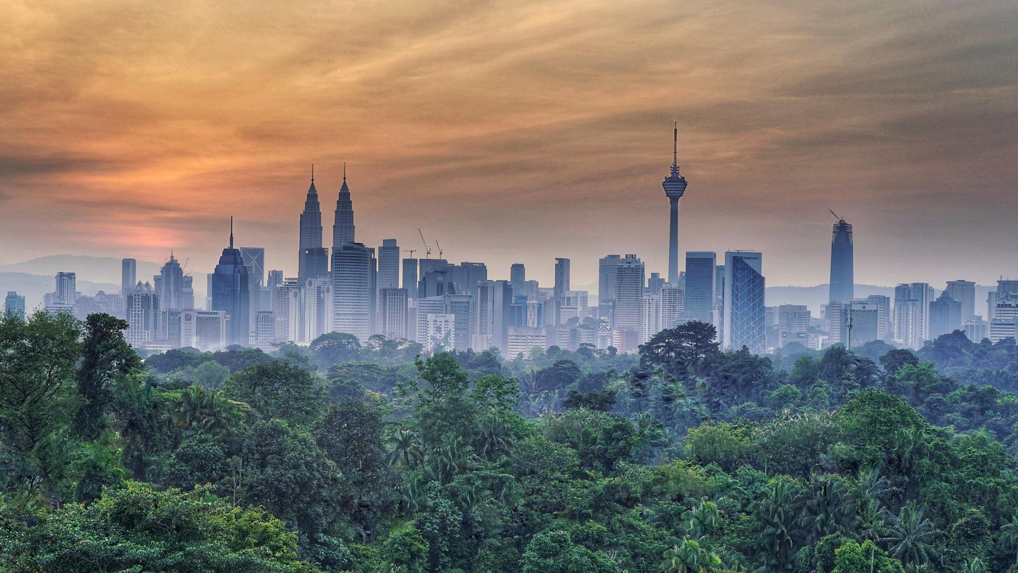 Kuala Lumpur - Morning Shower by Mohd Arrazi Rosdi