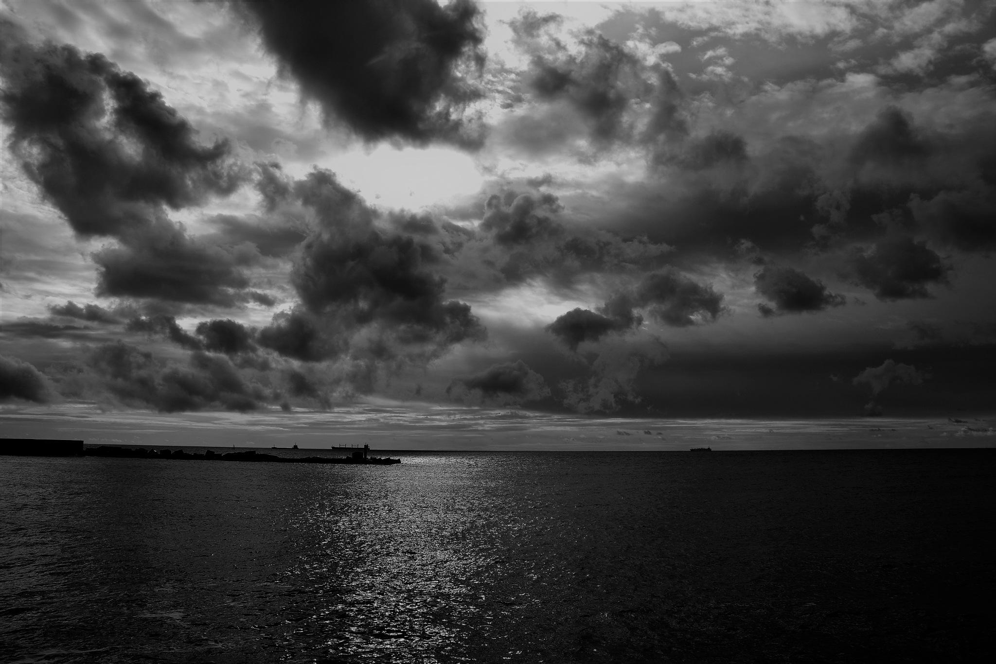 Essai noir & blanc by rogervande17